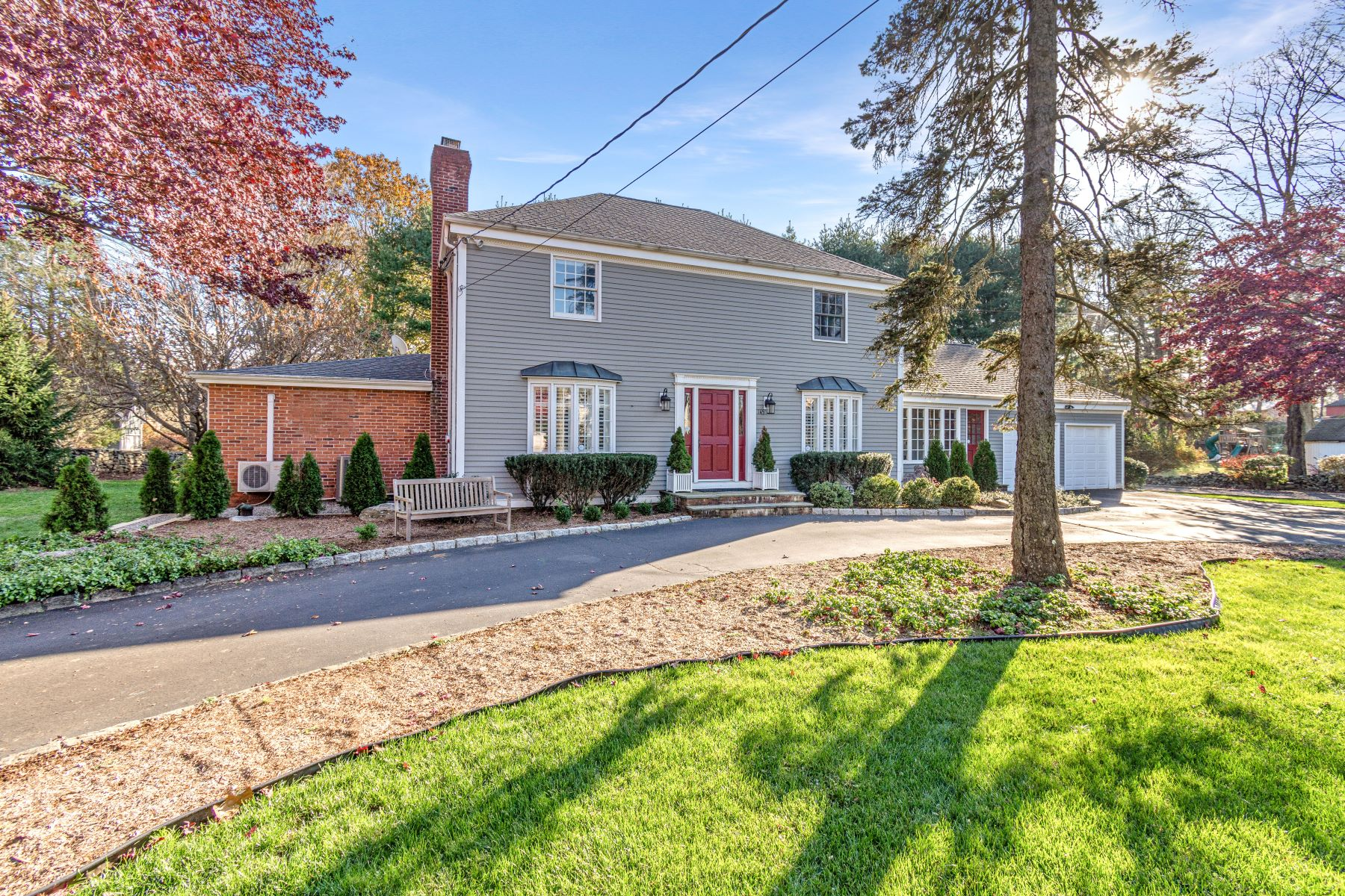 Single Family Homes for Sale at Impeccable, Move-in Ready Home Located in Wolfpit 145 Partrick Ave Norwalk, Connecticut 06851 United States