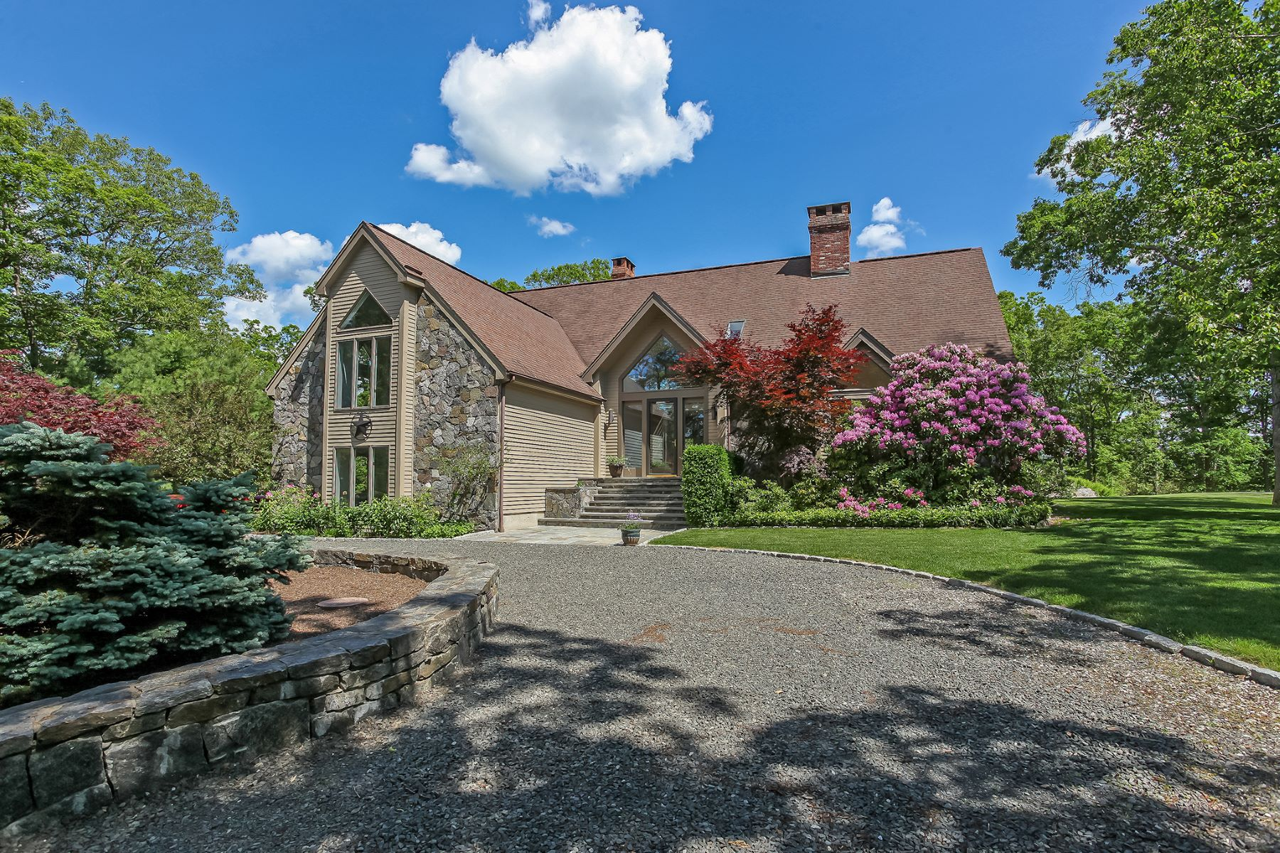 Additional photo for property listing at Architecturally Stunning Estate 32 Judge Road Roxbury, Connecticut 06783 États-Unis