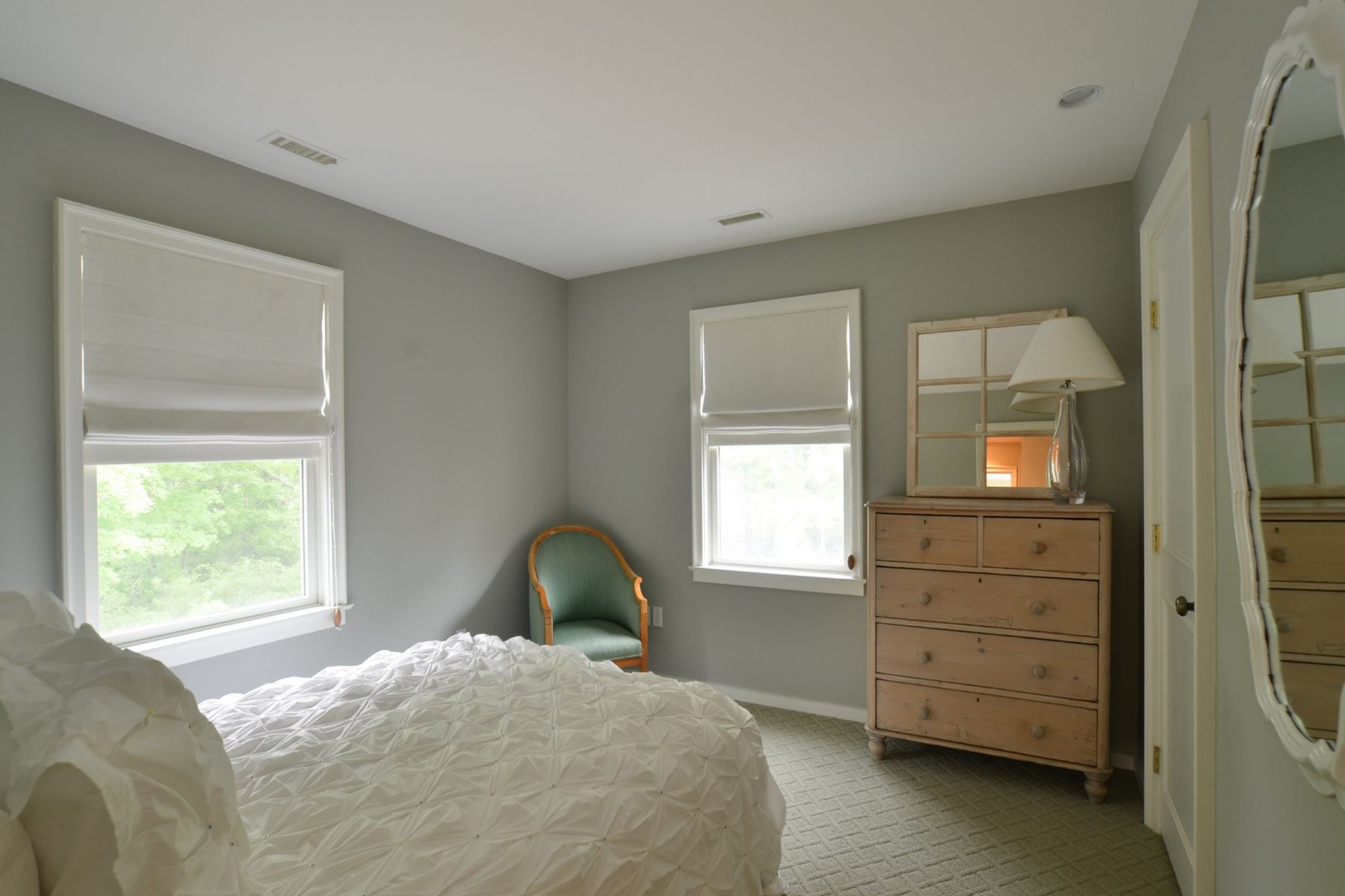 Additional photo for property listing at Grand in Every Way 599 Whippoorwill Rd Hillsdale, New York 12529 United States