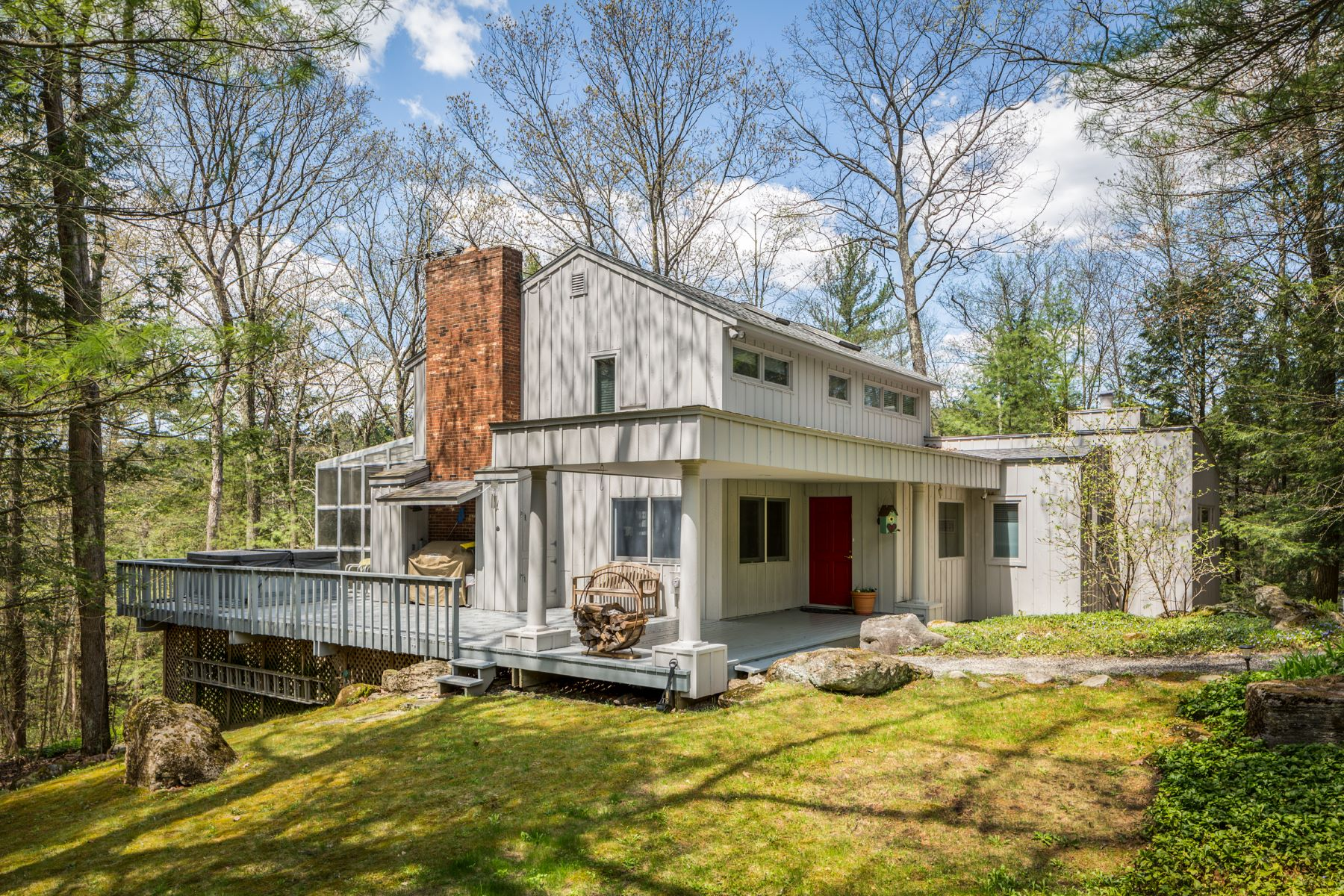 Single Family Home for Active at Serenity on 8.9 Private Acres 4 Castle Hill Rd Stockbridge, Massachusetts 01262 United States