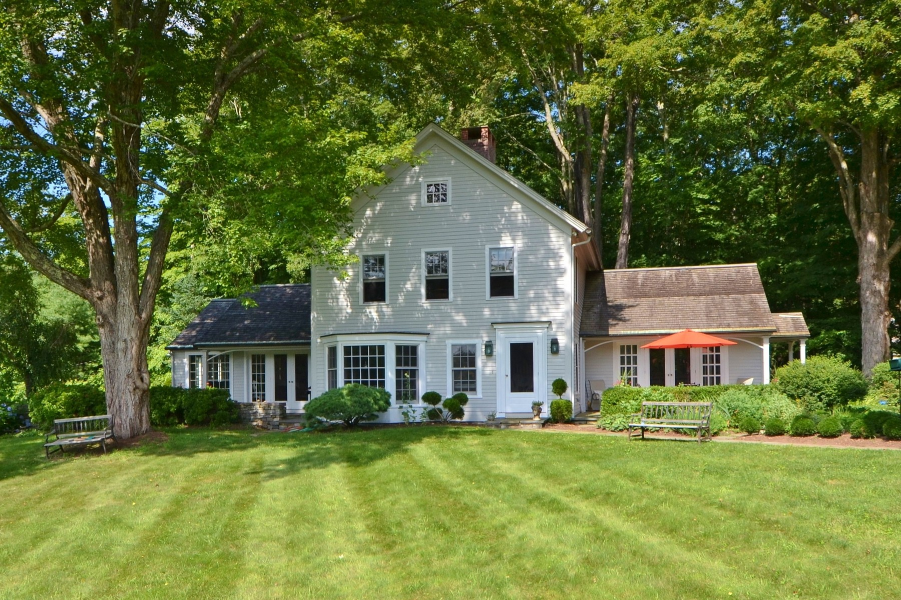 Single Family Home for Sale at Charming Colonial on Pastoral Acres Overlooking Mill Pond 1 Mill Pond Lane Old Lyme, Connecticut 06371 United States