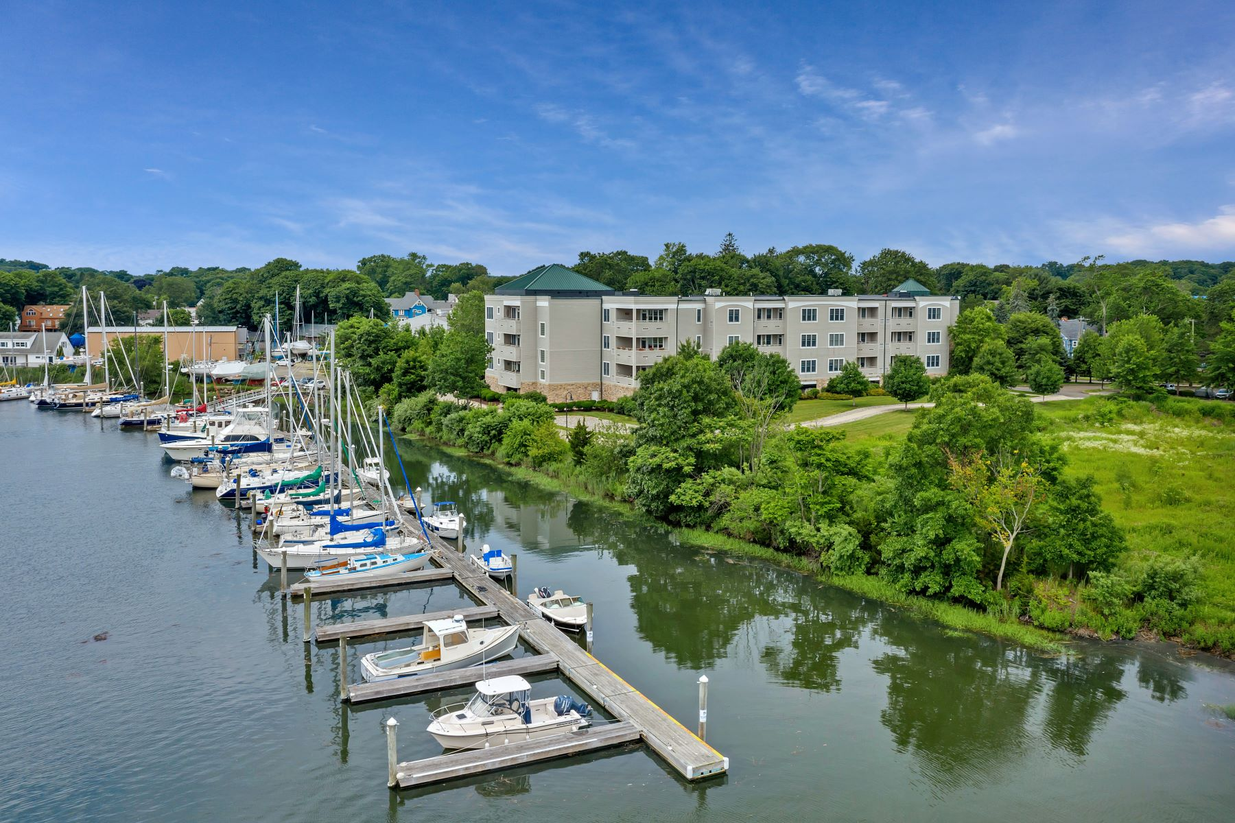 Condominiums for Sale at 60 Maple Street 60 Maple St 24 Branford, Connecticut 06405 United States