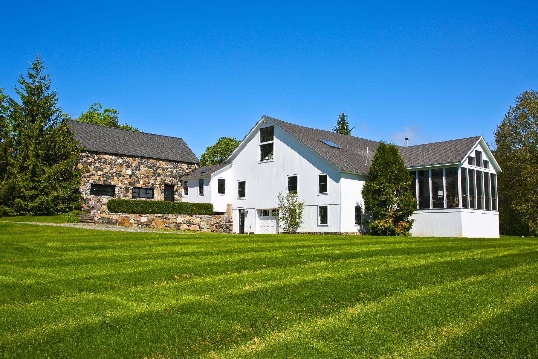 Single Family Homes for Sale at Historic 1750 Colonial Home 11 Cornwall Road, Warren, Connecticut 06754 United States