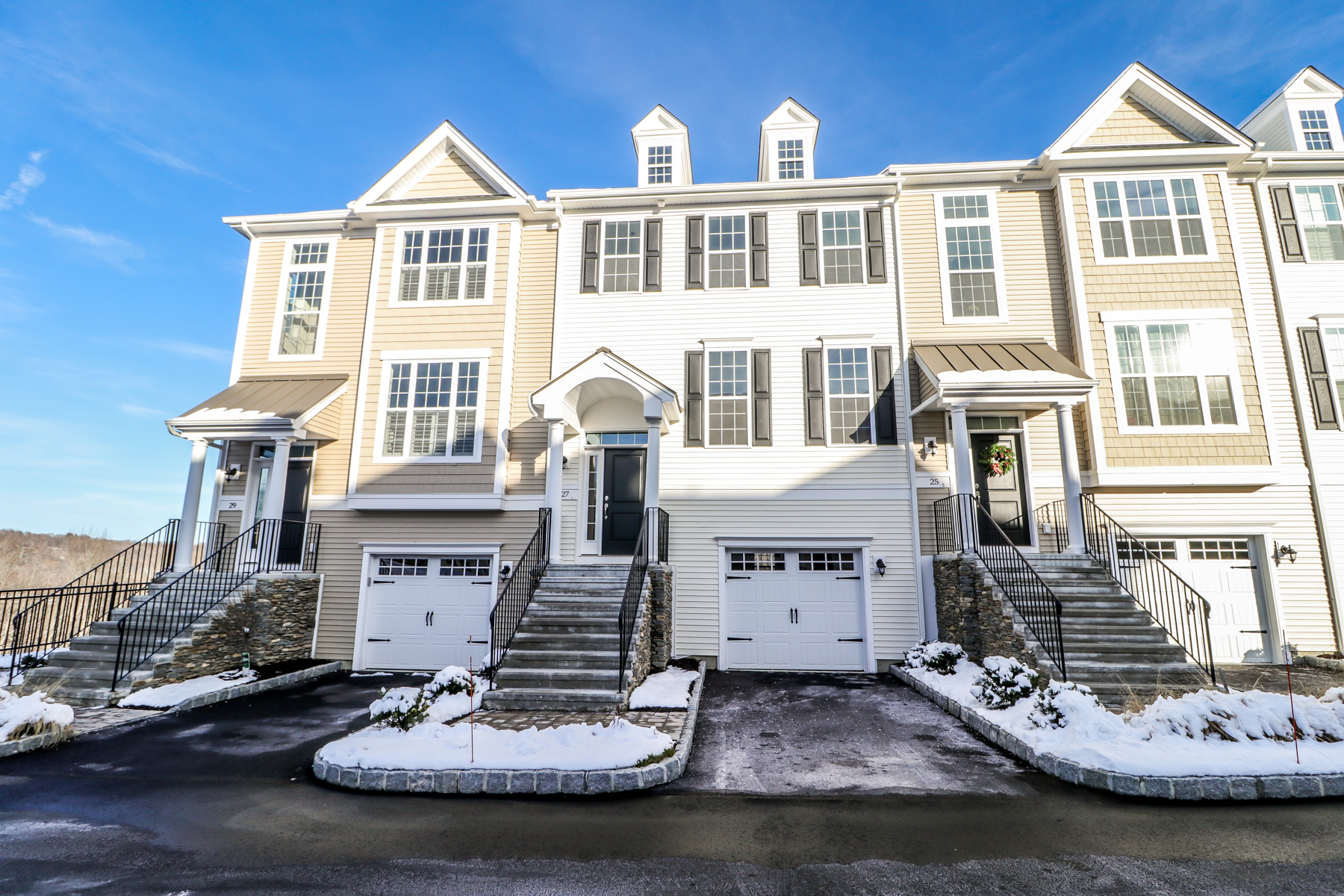 townhouses for Sale at Exceptional Amenities And A Convenient Location 27 Putnam Lane 27 Danbury, Connecticut 06810 United States