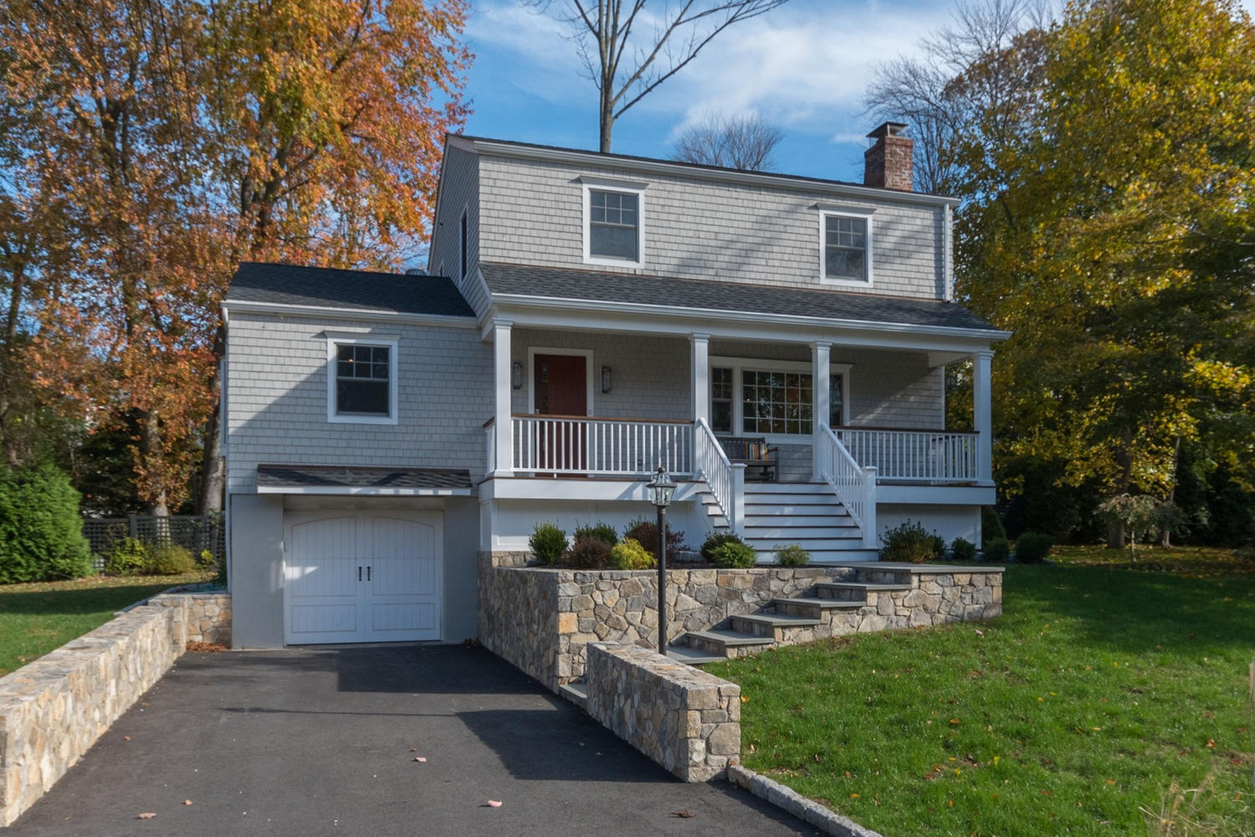 Vivienda unifamiliar por un Venta en 22 Steepletop Road Rowayton, Norwalk, Connecticut, 06853 Estados Unidos