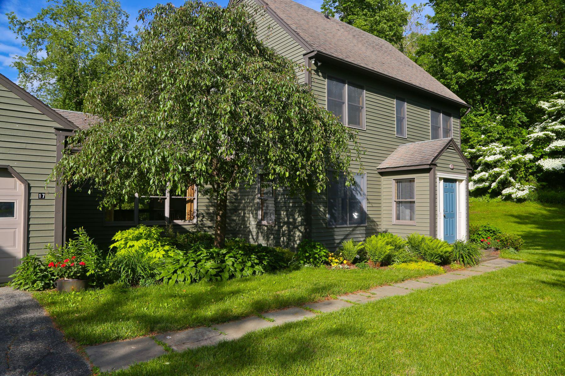 Single Family Homes per Vendita alle ore Carefree Living 433 Kent Cornwall Road 17 Kent, Connecticut 06757 Stati Uniti