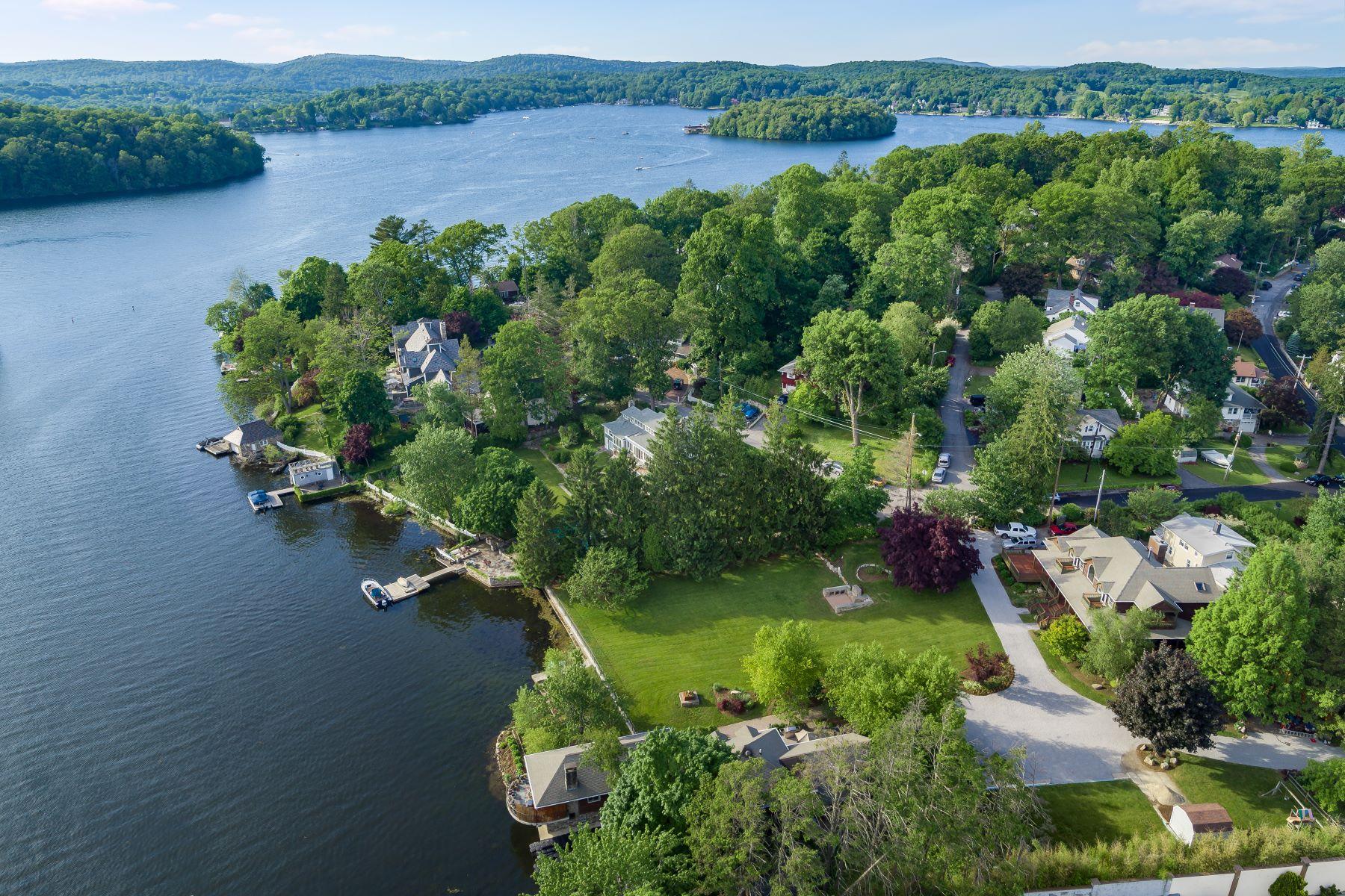 Single Family Homes для того Продажа на Spectacular Private Lakefront Estate 5 Tamarack Road Mahopac, Нью-Йорк 10541 Соединенные Штаты
