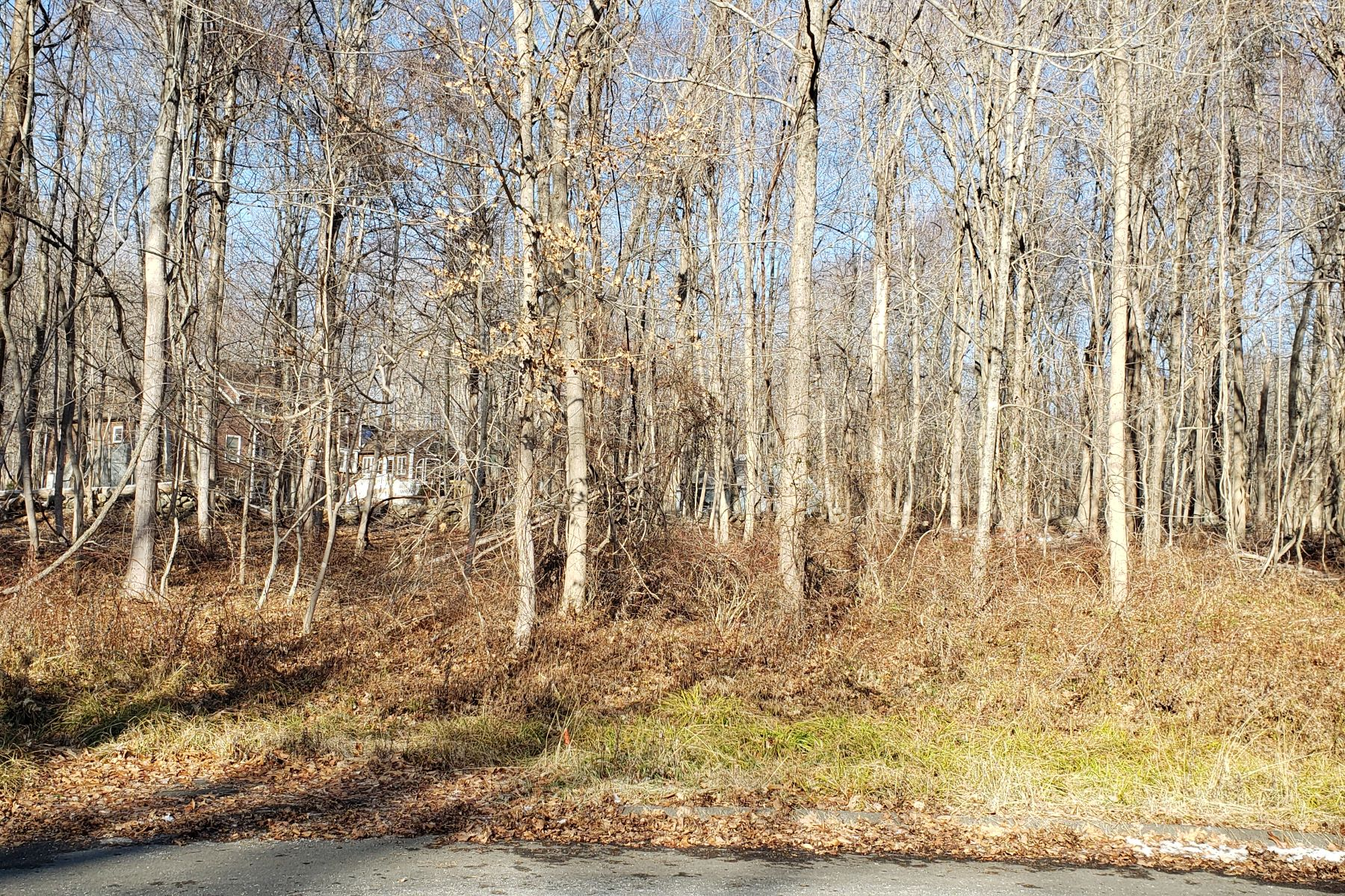 Land for Sale at 10 Pleasant Hill Lane Clinton, Connecticut 06413 United States