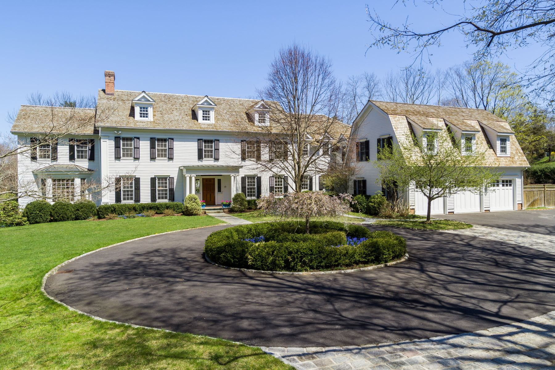 Single Family Homes for Sale at Timeless Elegance 42 Lords Highway Weston, Connecticut 06883 United States