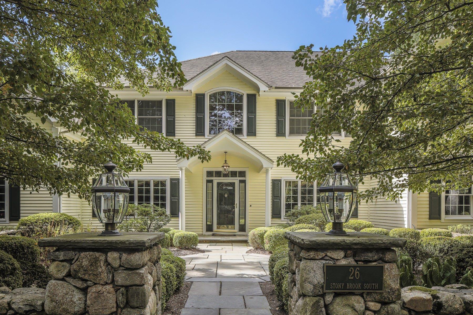 단독 가정 주택 용 매매 에 Cul-de-sac Colonial 26 S Stony Brook Road Darien, 코네티컷, 06820 미국