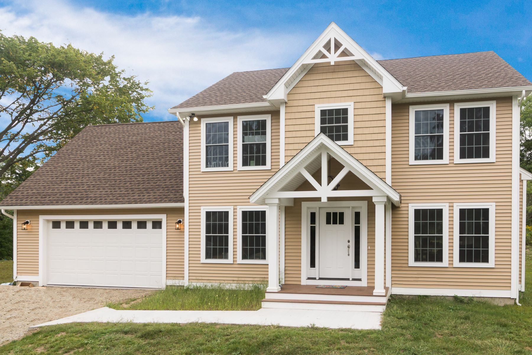 واحد منزل الأسرة للـ Sale في New Construction 221 Newent Road, Lisbon, Connecticut, 06351 United States