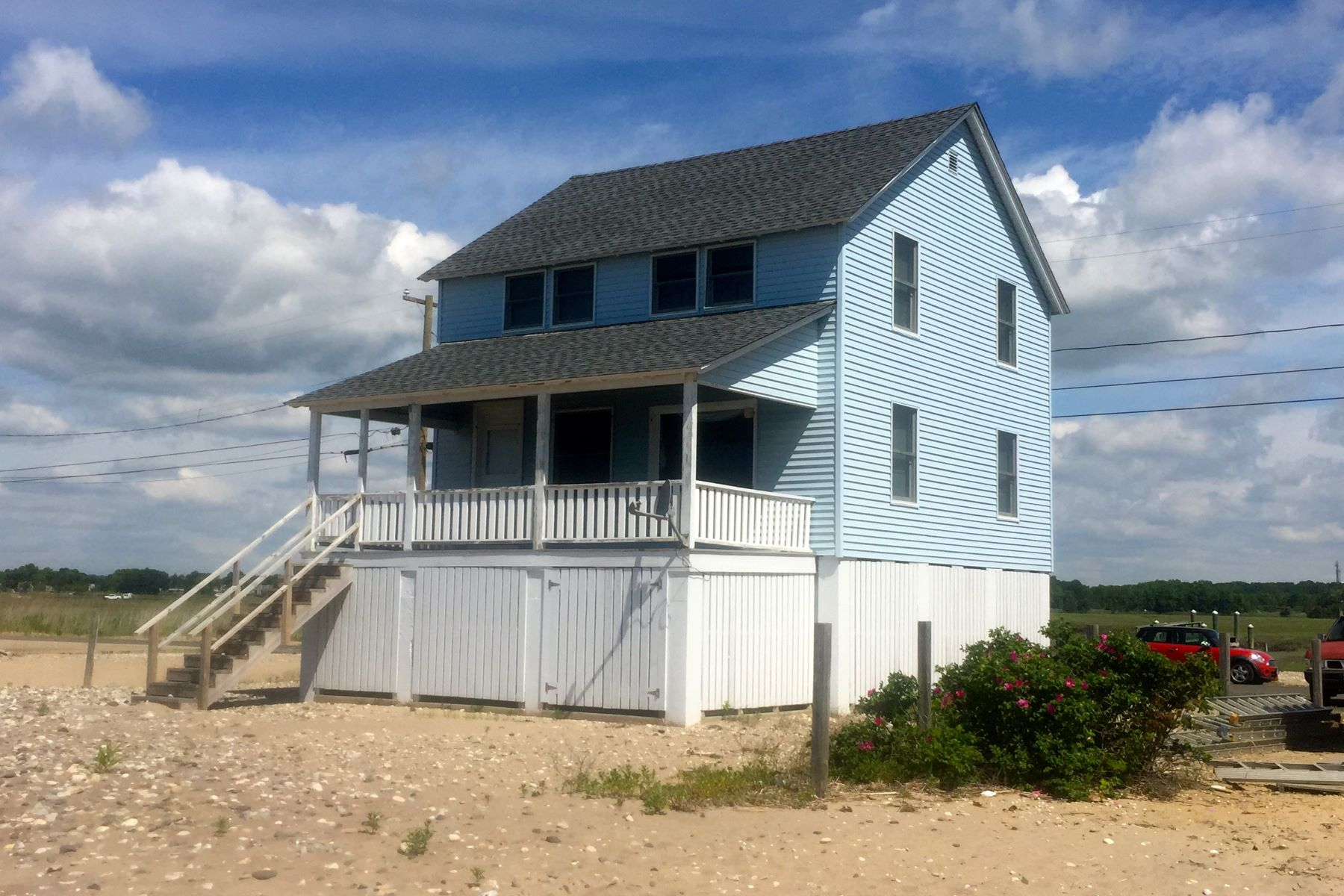 sales property at 67 Circle Beach Rd