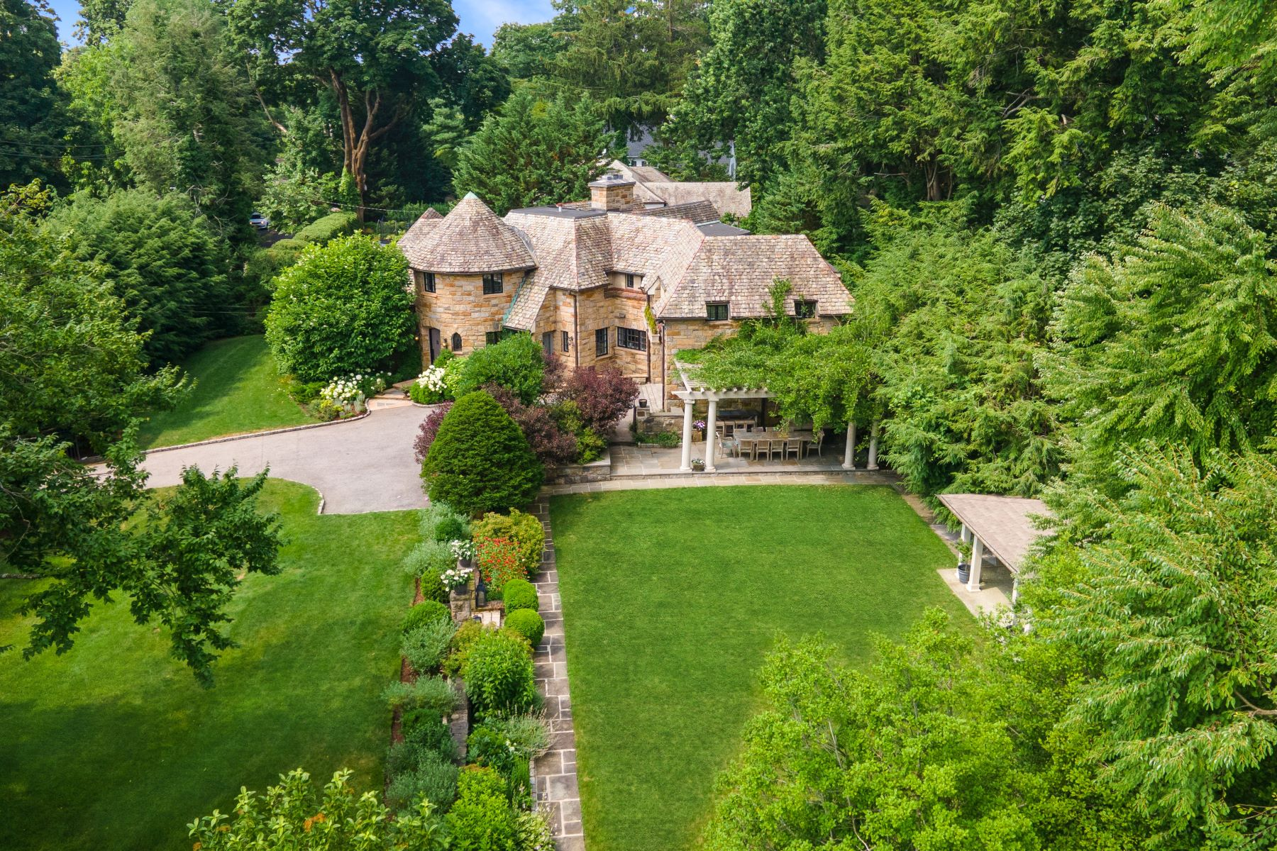 Single Family Homes 為 出售 在 Bronxville, 纽约 10708 美國
