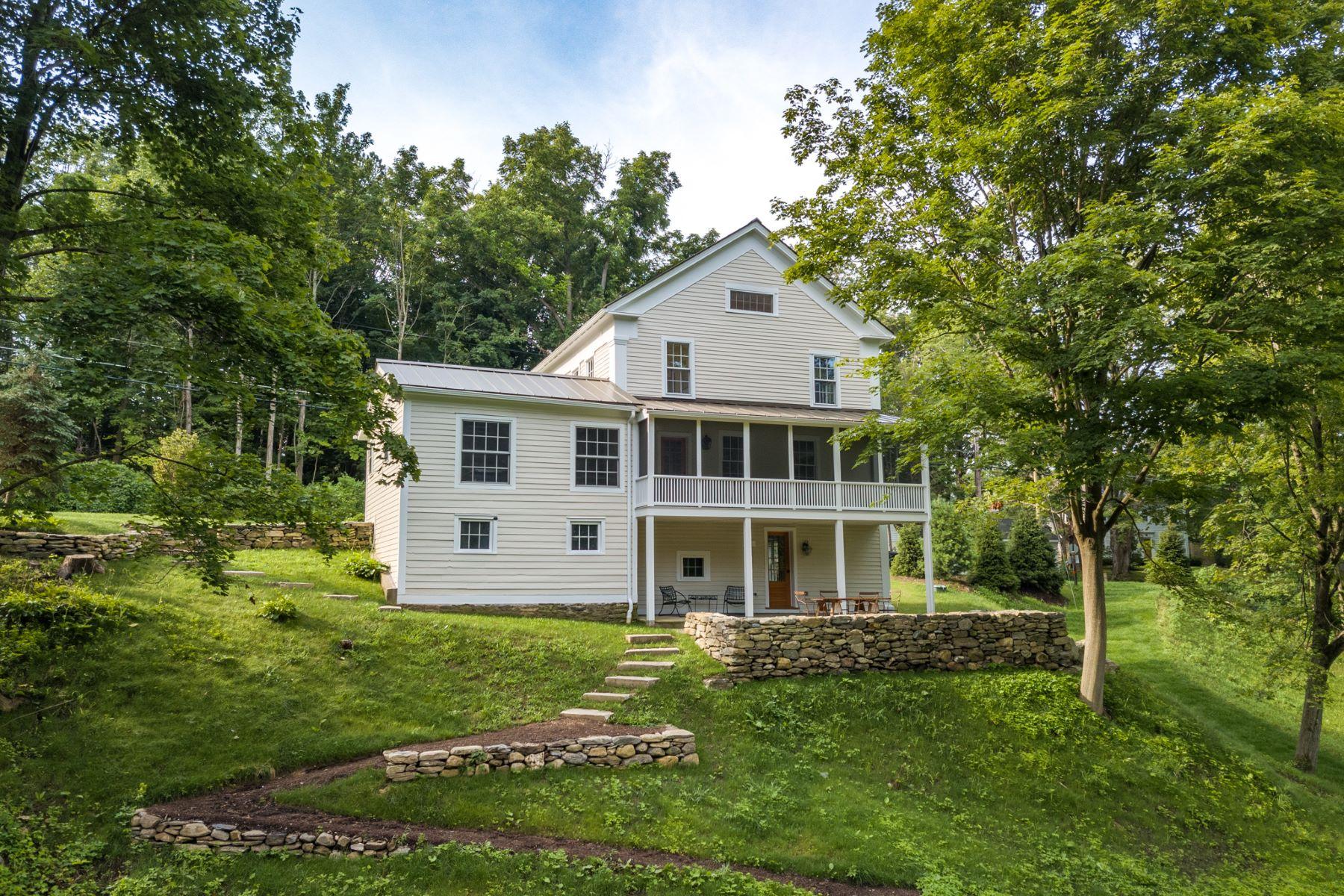 Single Family Homes для того Продажа на FABULOUS RENOVATION 1840 GREEK REVIVAL 68 Calkinstown Road, Sharon, Коннектикут 06069 Соединенные Штаты