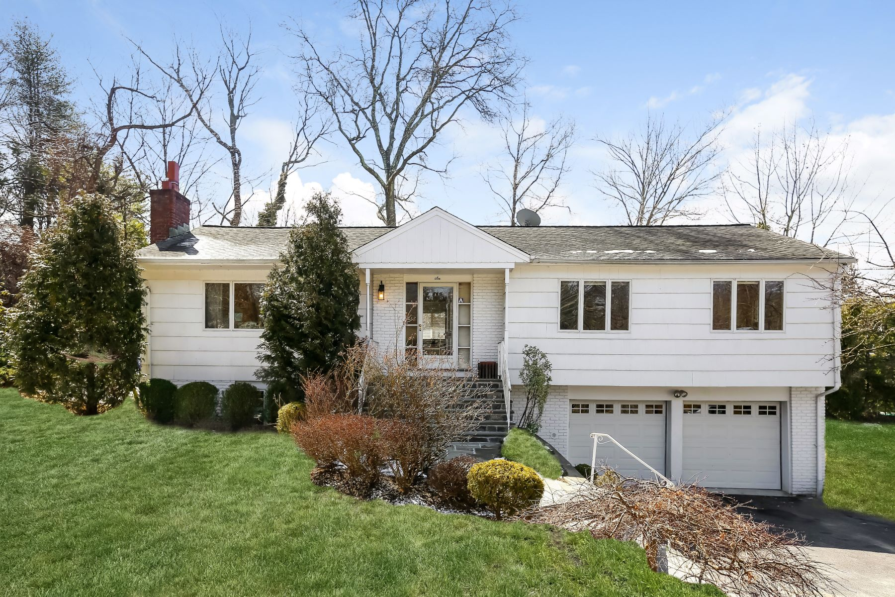 Single Family Home for Rent at 6 Hunter Drive 6 Hunter Drive Rye Brook, New York 10573 United States