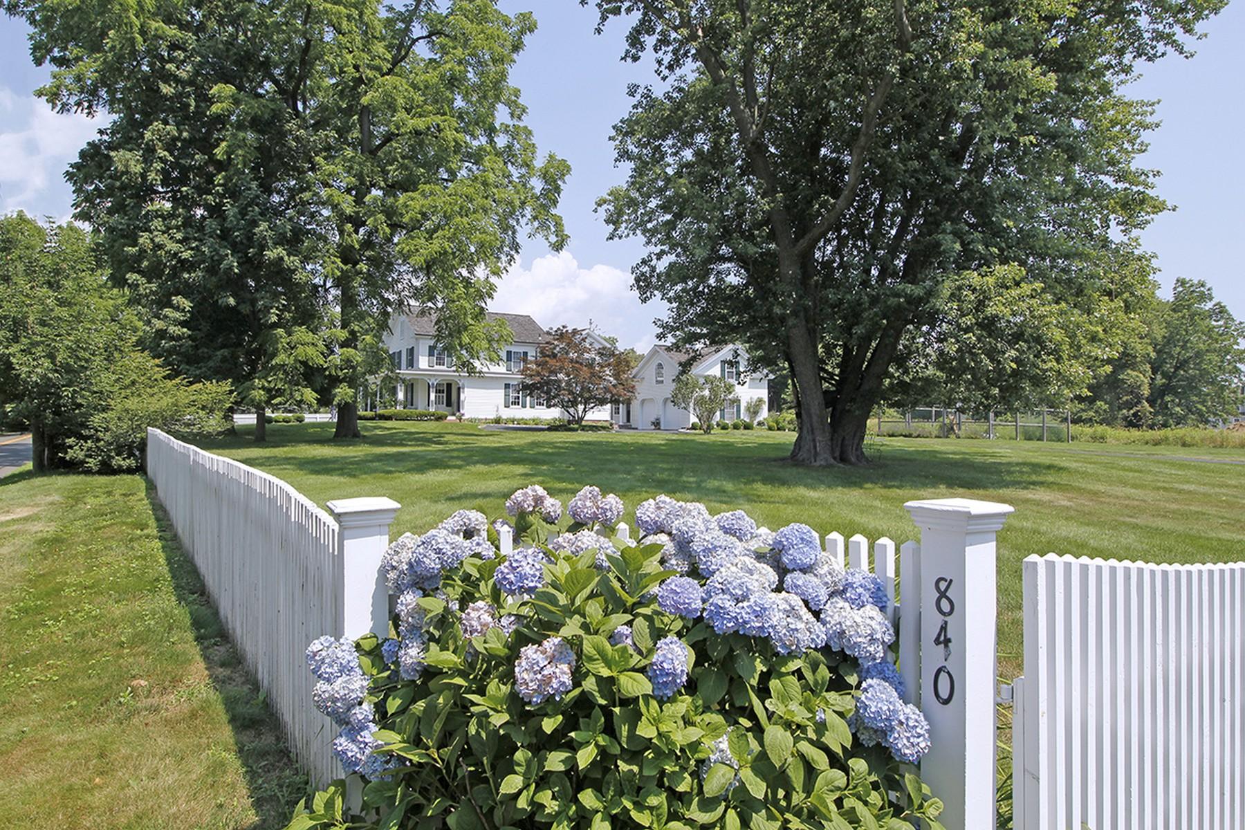 獨棟家庭住宅 為 出售 在 840 Mill Hill Road Southport, Fairfield, 康涅狄格州, 06890 美國