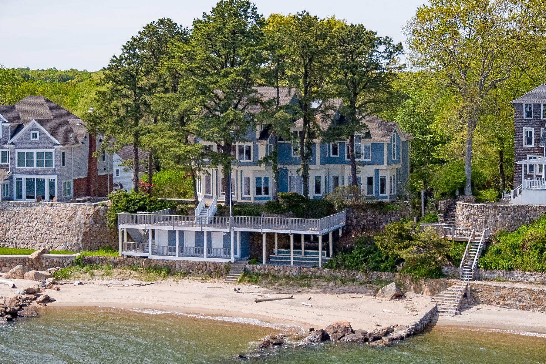 single family homes for Sale at Waterfront - Exemplary construction, quality finishes 81 Groveway, Clinton, Connecticut 06413 United States