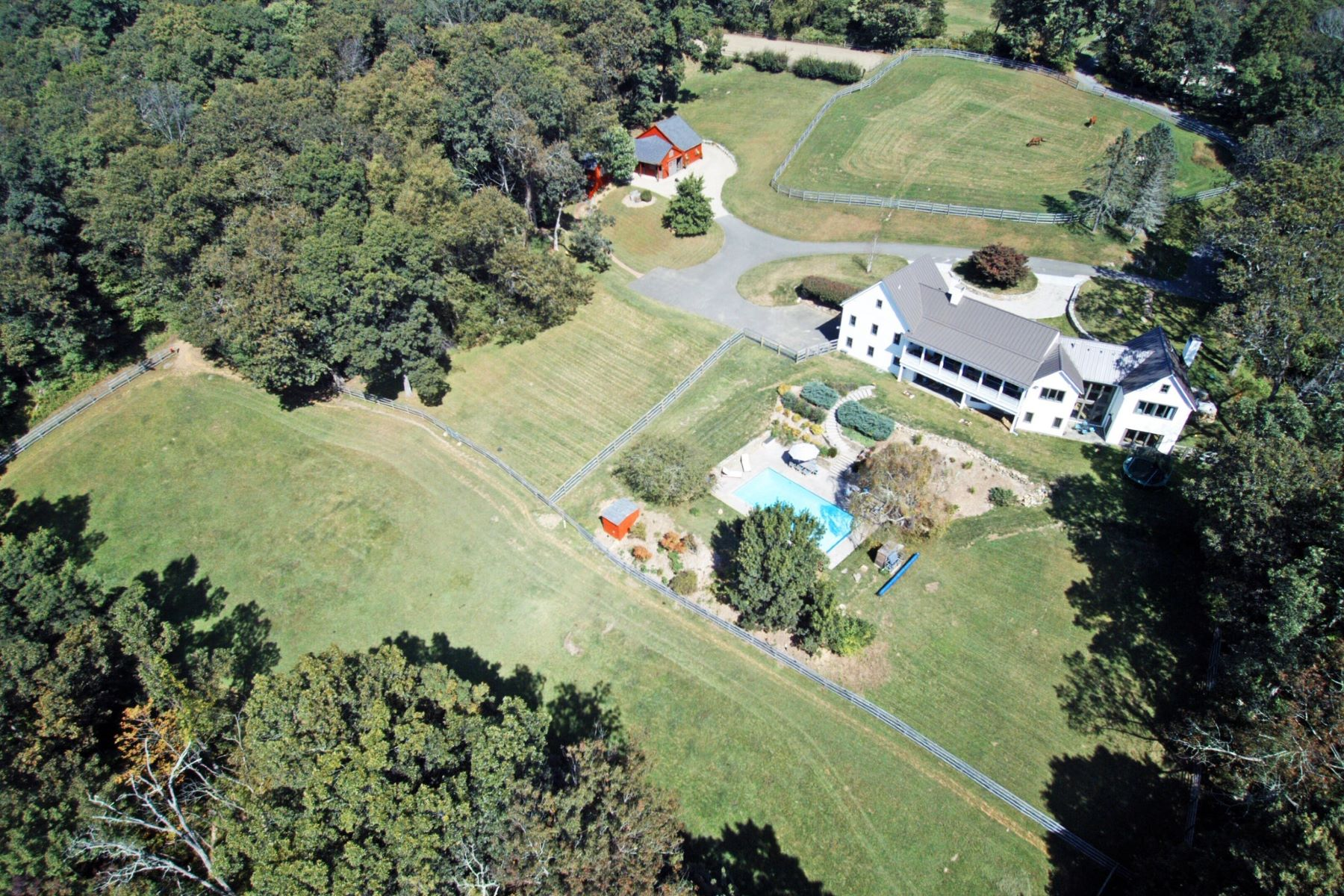 Single Family Homes for Sale at 18 Acre Equestrian Homestead 115 Cross Hwy Redding, Connecticut 06896 United States