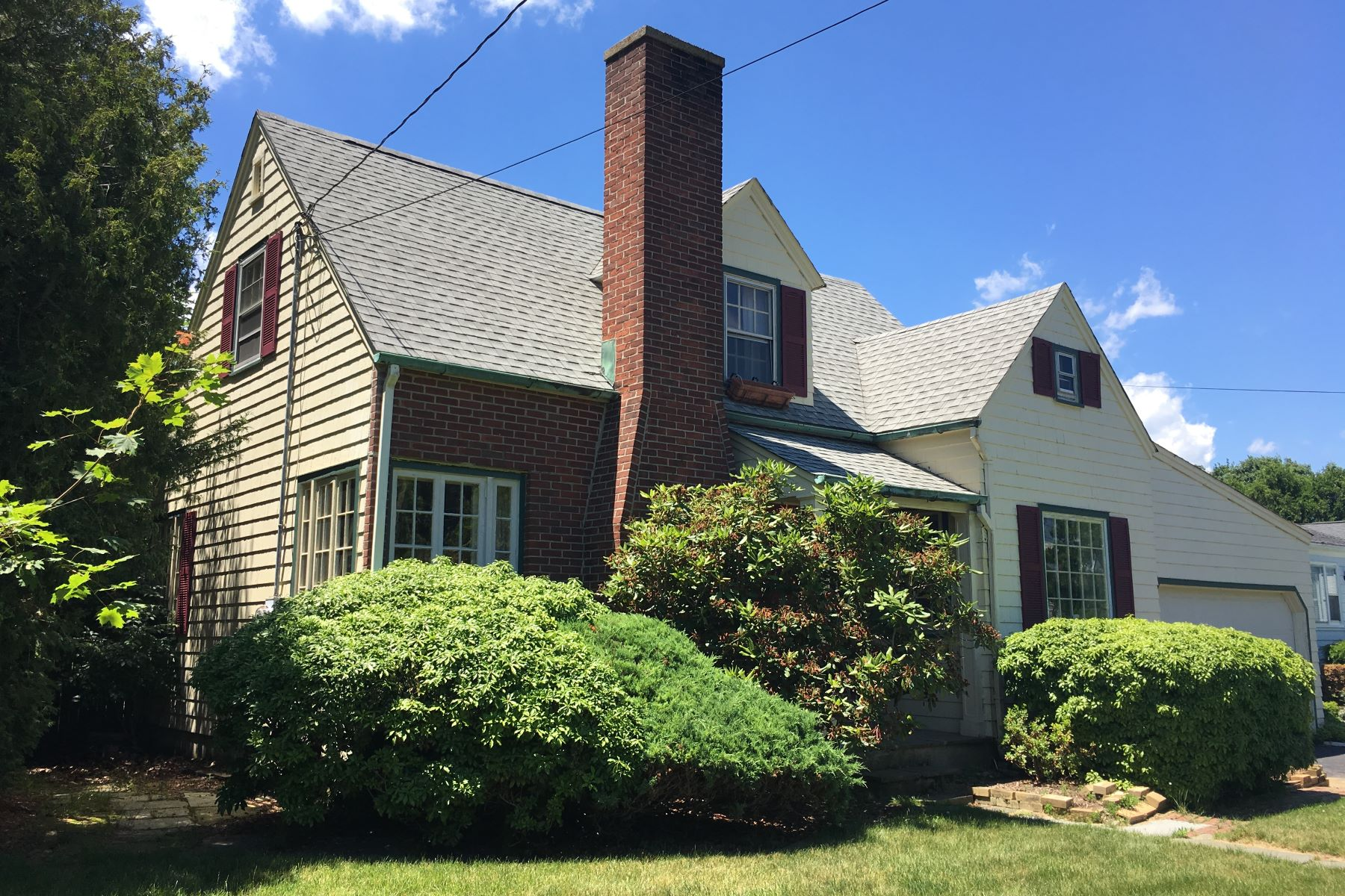 Single Family Home for Sale at Steps Away From Private Russian Beach 79 Lordship Road Stratford, Connecticut 06615 United States