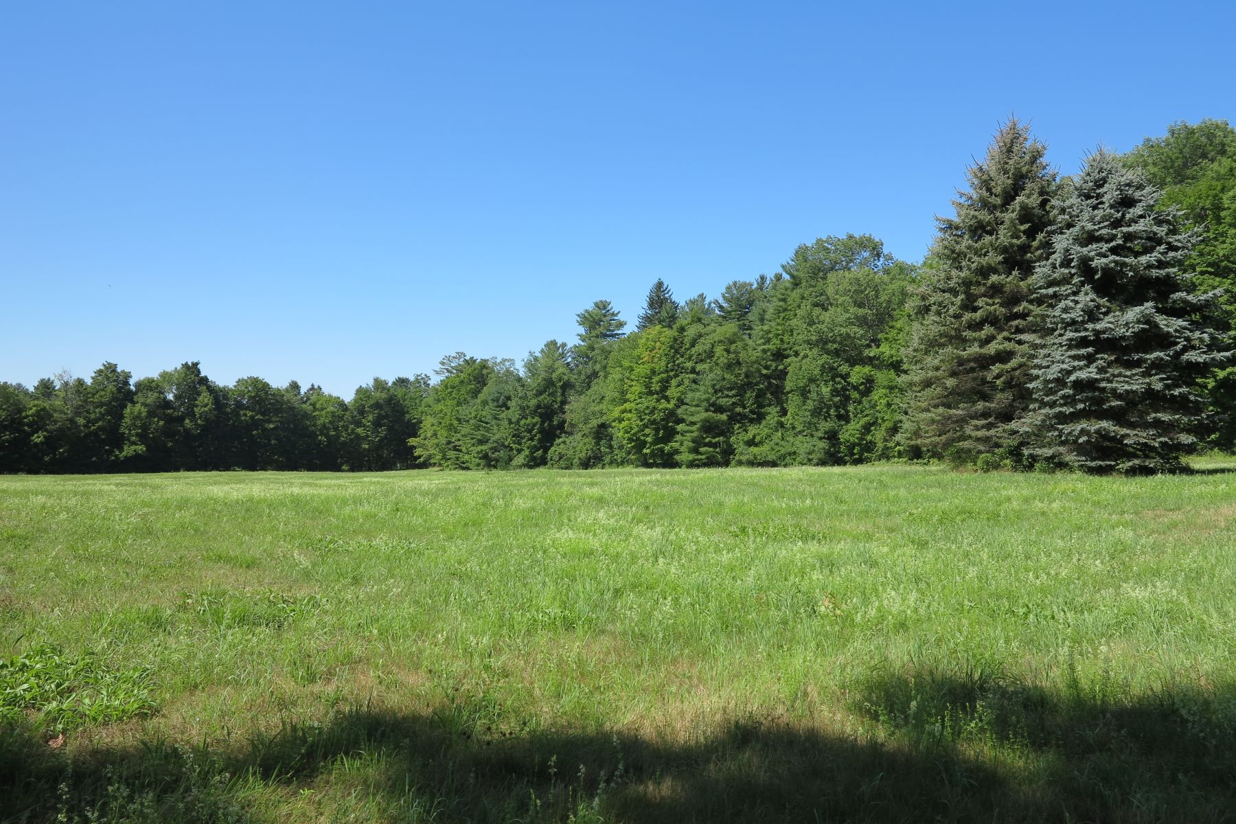 Land for Active at Estate Parcel - 21.347 Acres with River Frontage and Meadow 112 New Marlboro-southfield Rd New Marlborough, Massachusetts 01230 United States