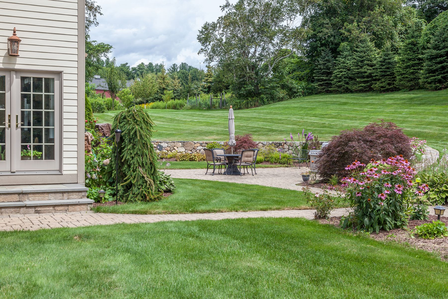 Additional photo for property listing at Luxurious Residence on 6 Acres 22 Carriage Lane Litchfield, Connecticut 06759 United States