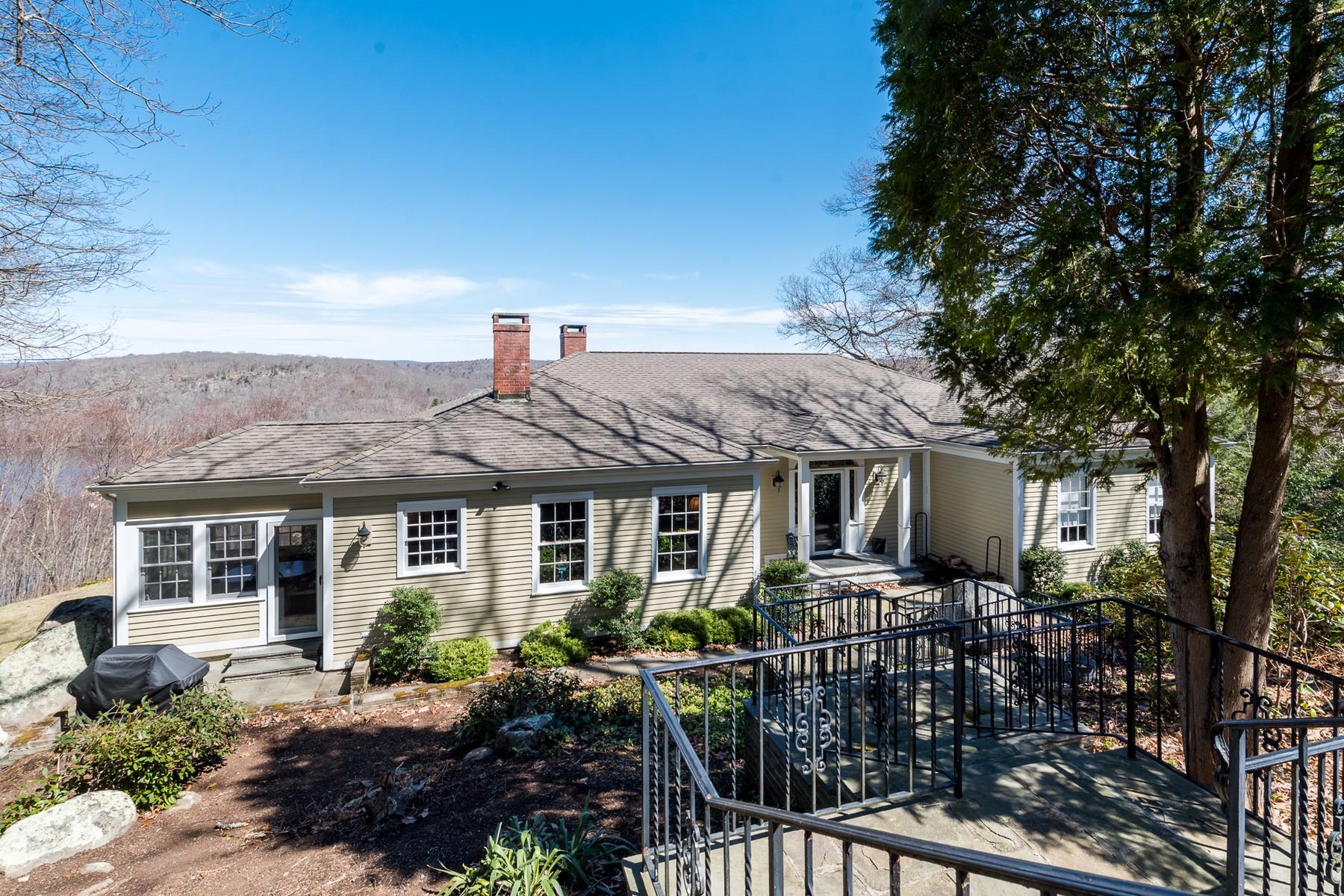 Eensgezinswoning voor Verkoop op Peaceful and Private Home on 3.5 Acres with Views 3 Merriwold Lane, Deep River, Connecticut 06417 Verenigde Staten