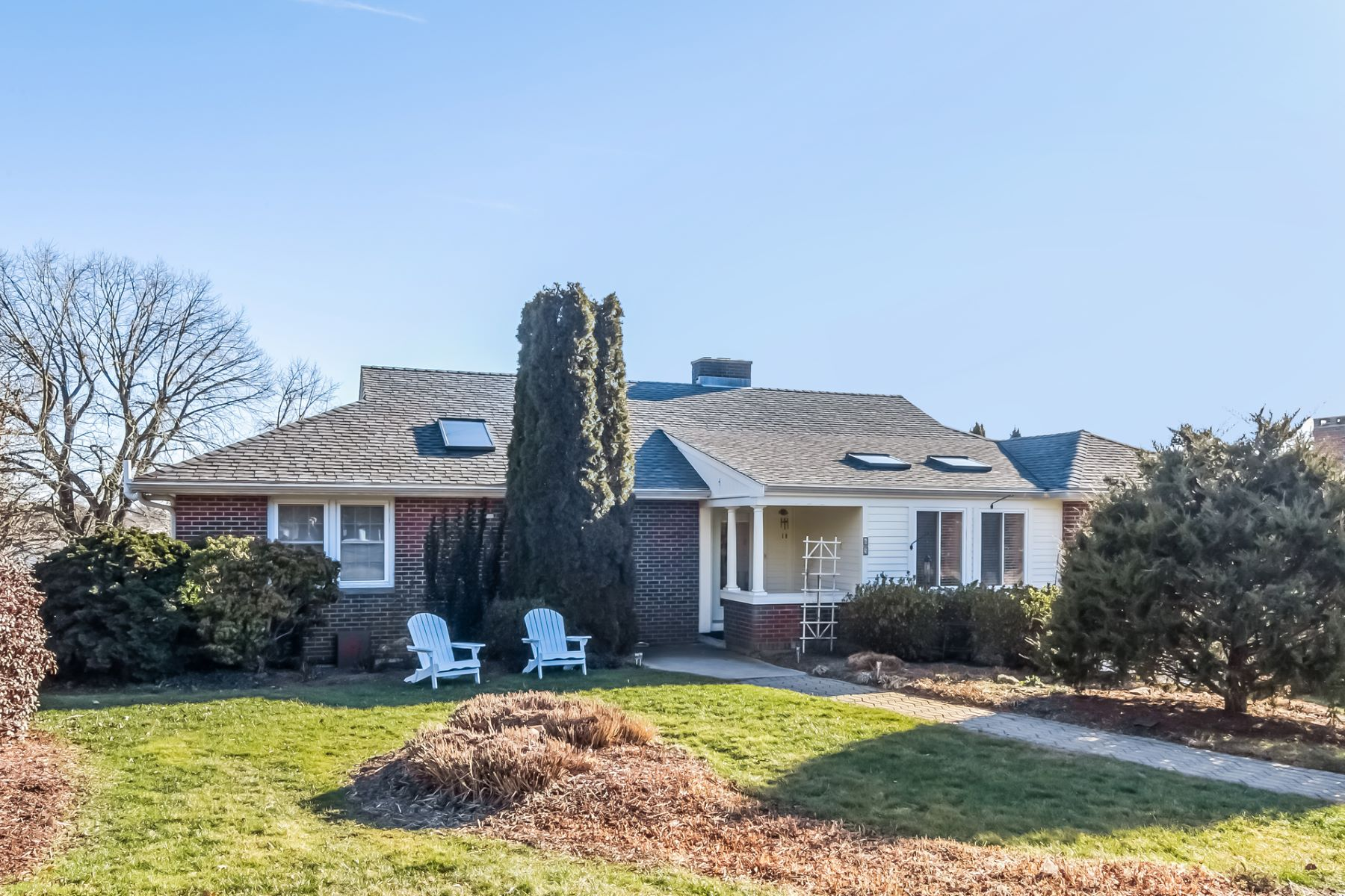 Single Family Home for Sale at 65 Little Harbor Road 65 Little Harbor Road Guilford, Connecticut 06437 United States