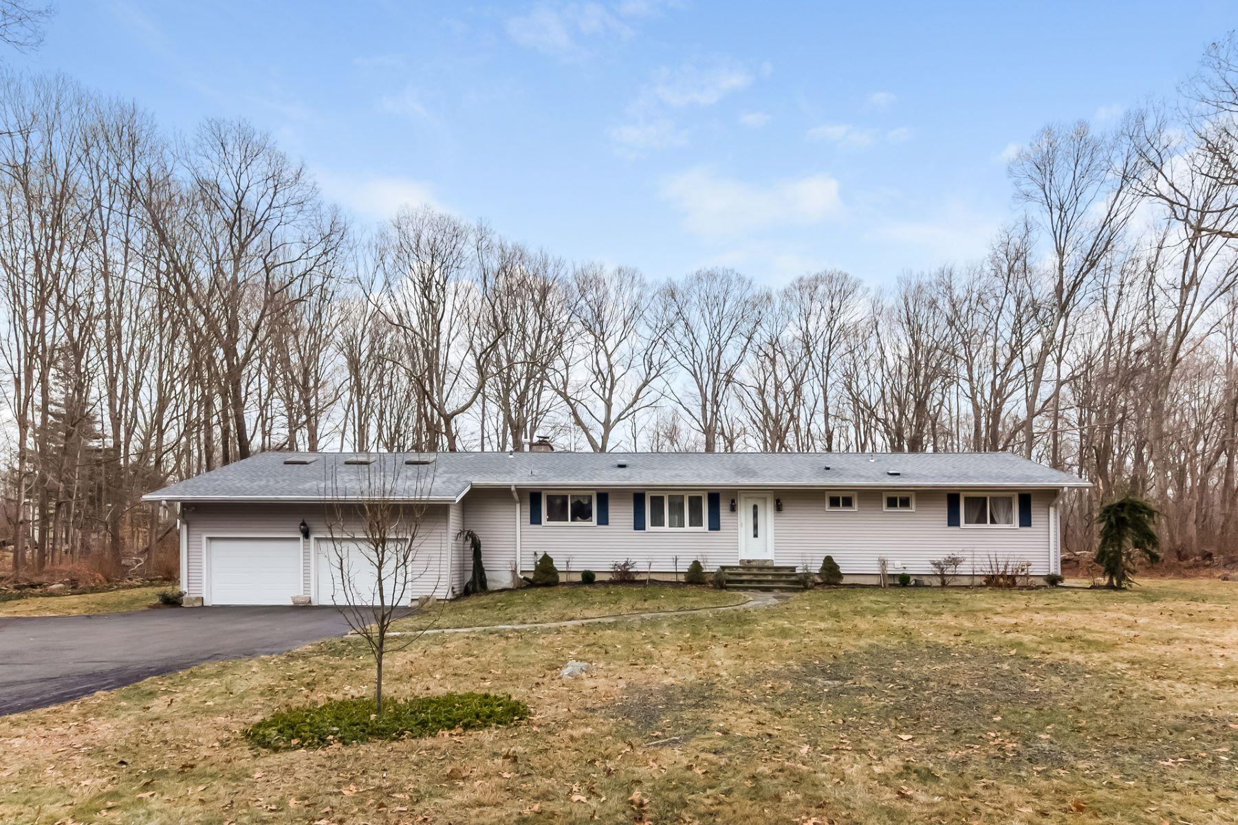 واحد منزل الأسرة للـ Sale في 500 Warpas Road Madison, Connecticut, 06443 United States