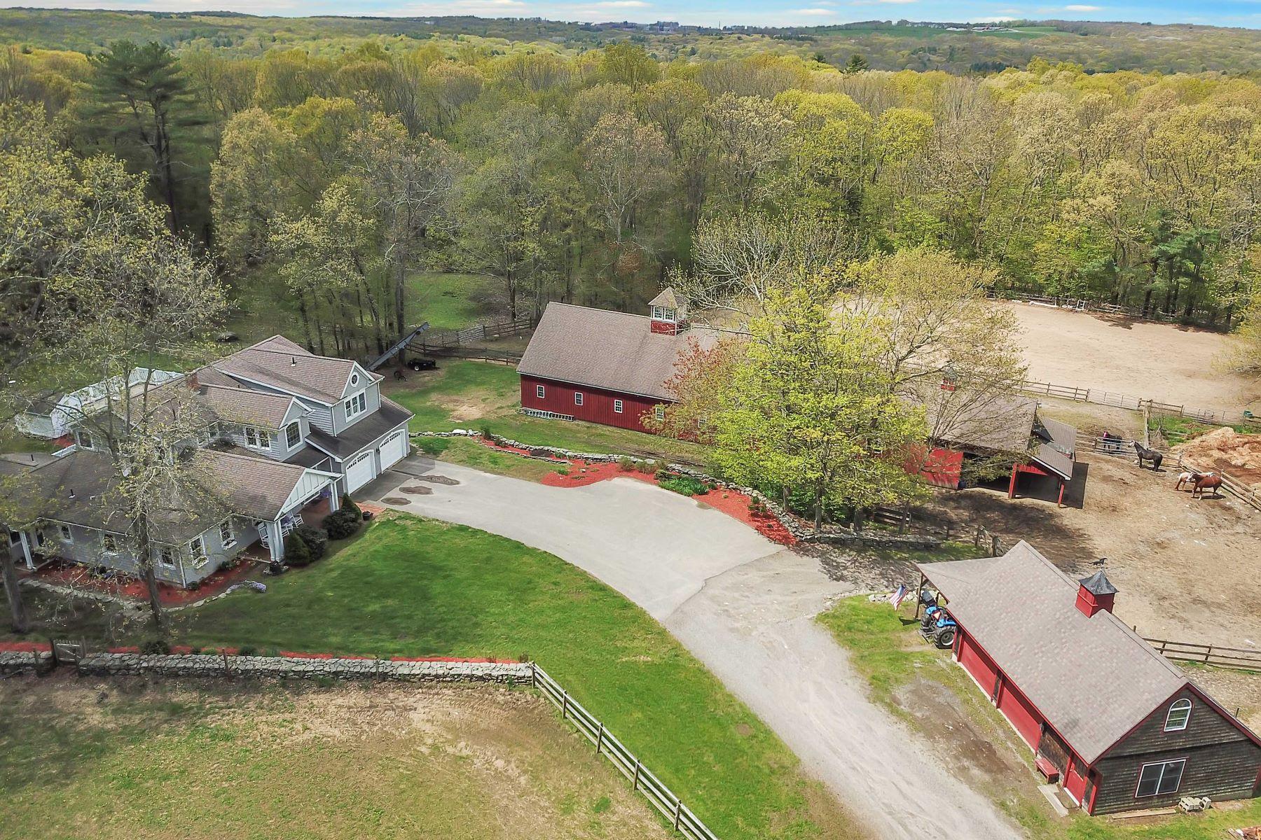 Single Family Homes のために 売買 アット Mansfield, コネチカット 06268 アメリカ