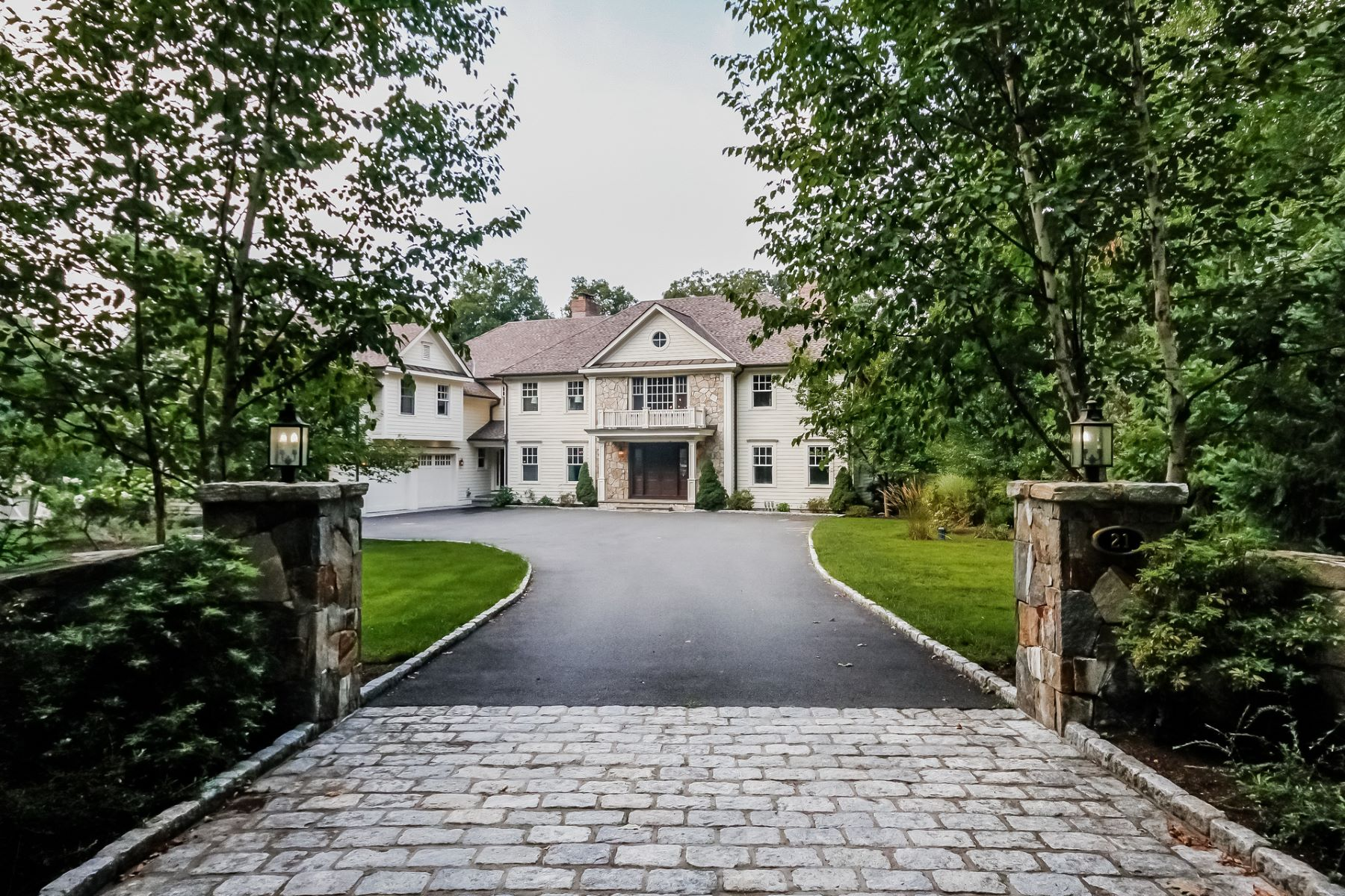 Single Family Homes for Sale at 21 Richmond Hill Road Weston, Connecticut 06883 United States