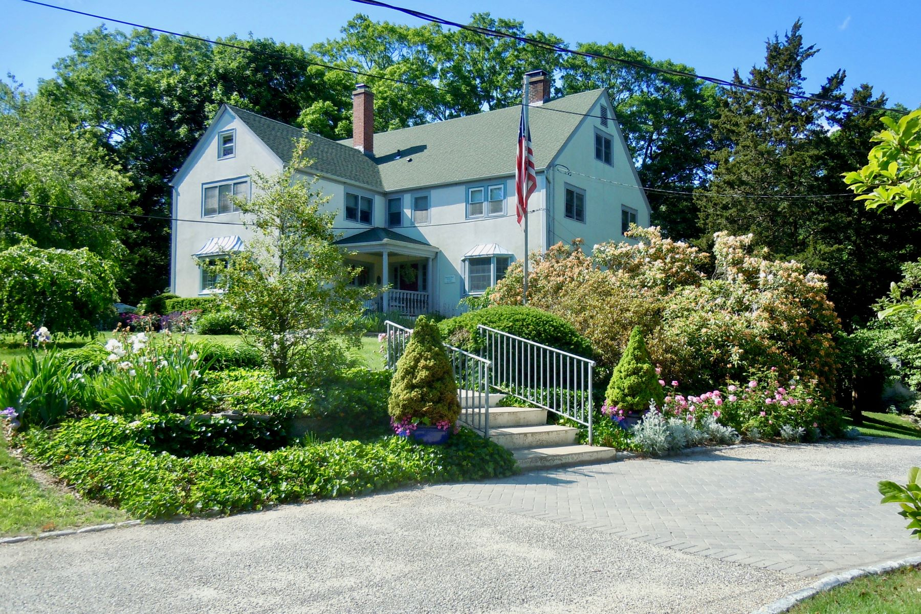 Autre bien résidentiel pour l Vente à The Historic Tidewater Inn 949 Boston Post Road Madison, Connecticut 06443 États-Unis