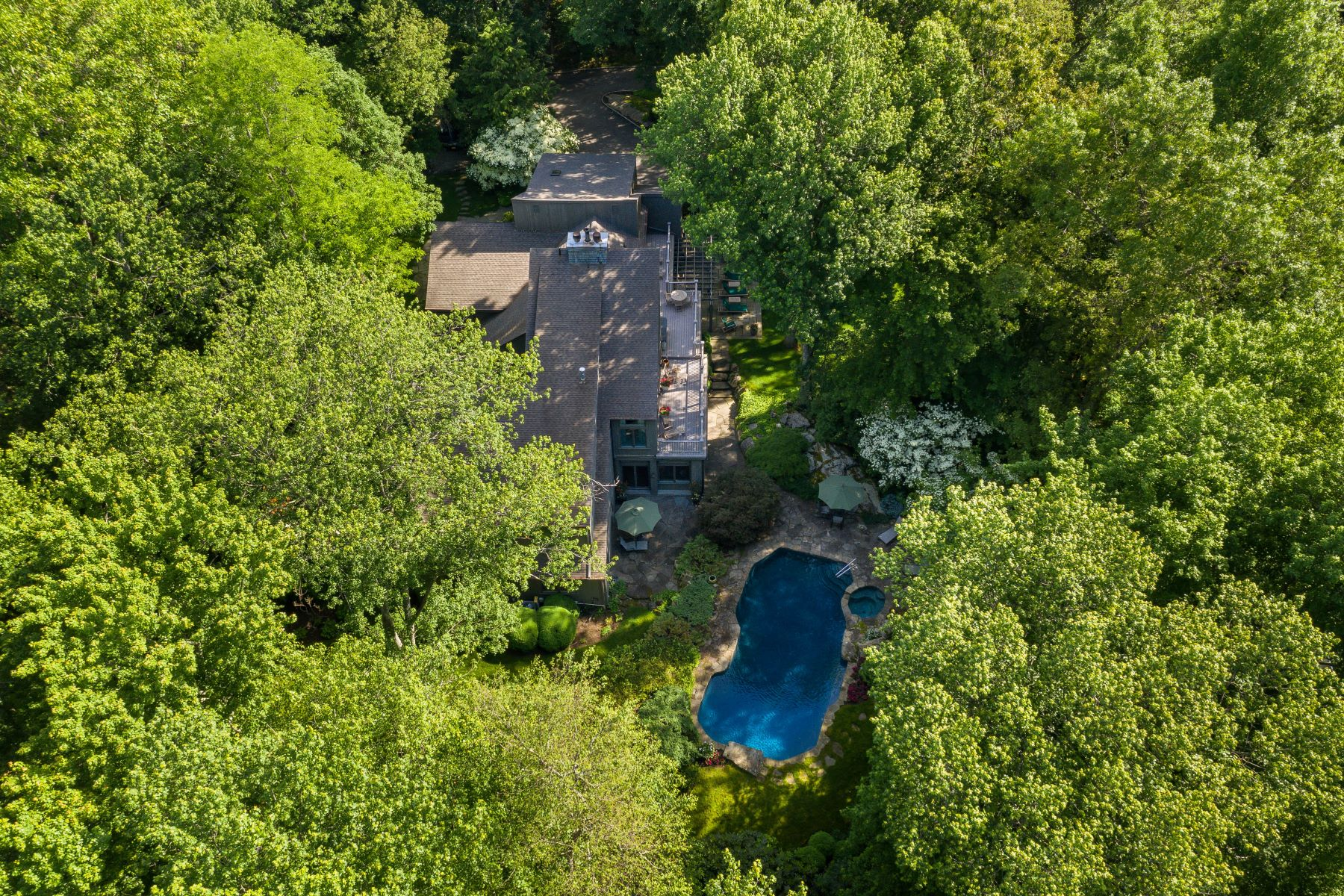 Single Family Homes for Active at 17 Eastwoods Road Pound Ridge, New York 10576 United States