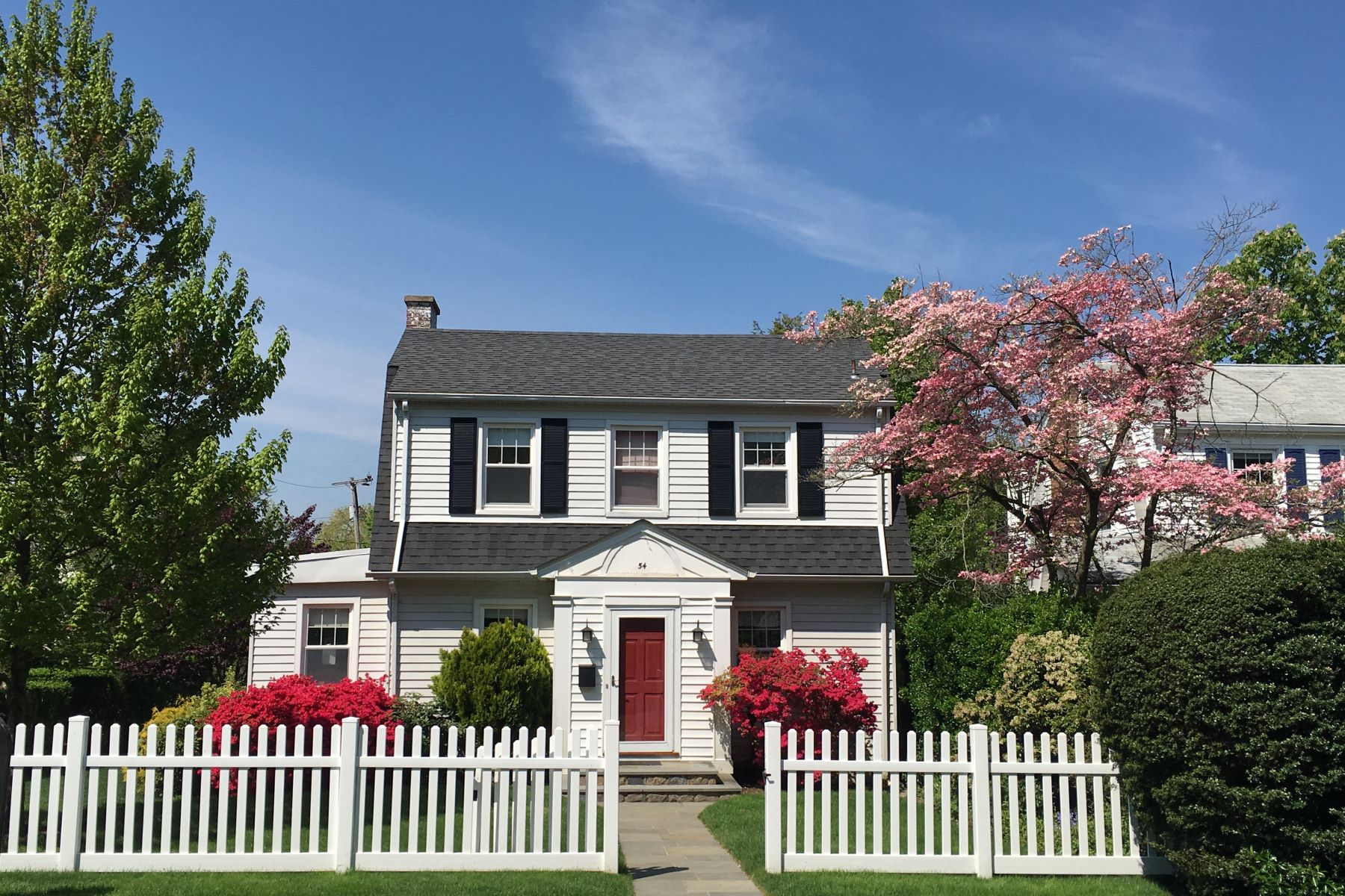 Property For Rent Larchmont