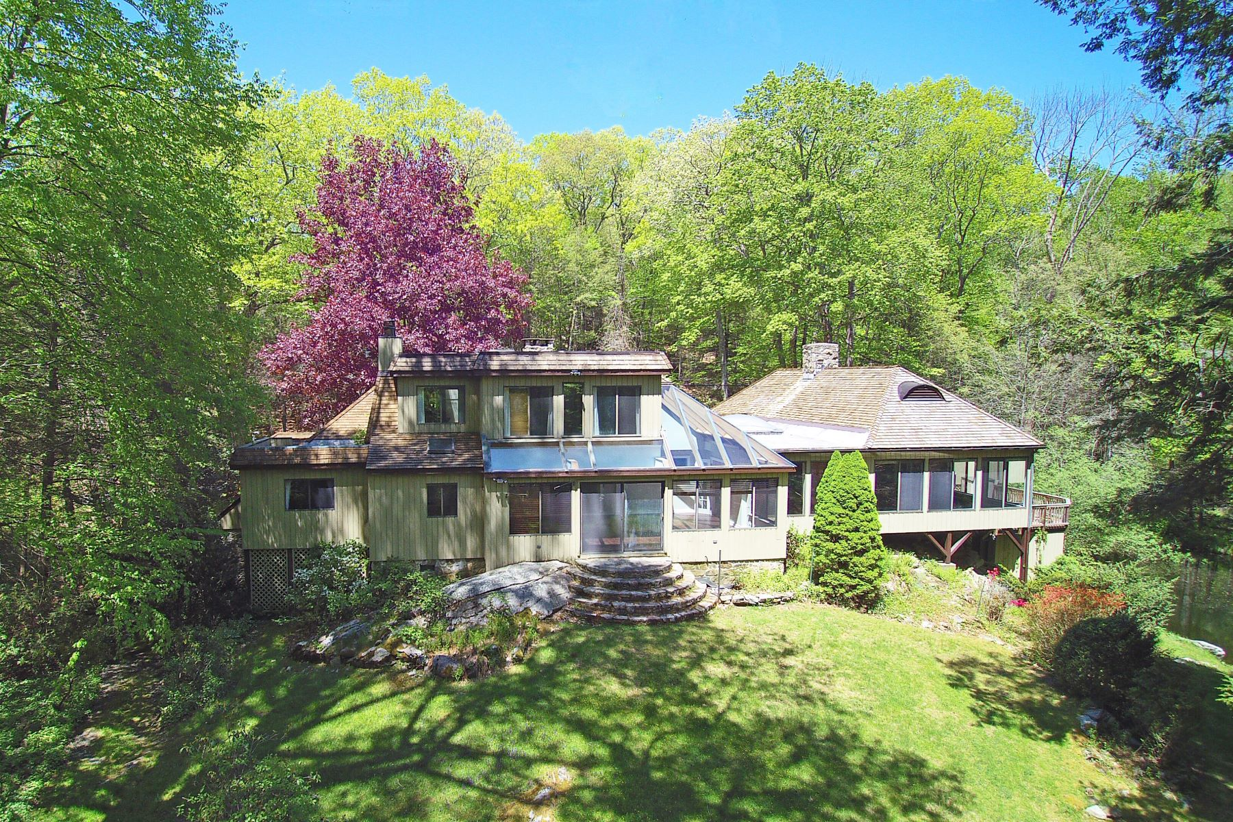 Single Family Homes for Sale at Exceptional Modern 52 Goodridge Road Redding, Connecticut 06896 United States
