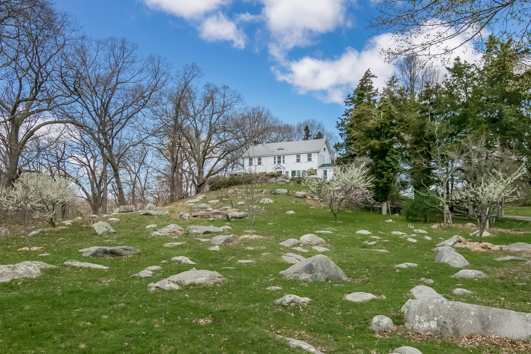 Single Family Homes للـ Sale في Barberry Hill farm 353 Boston Post Road, Madison, Connecticut 06443 United States