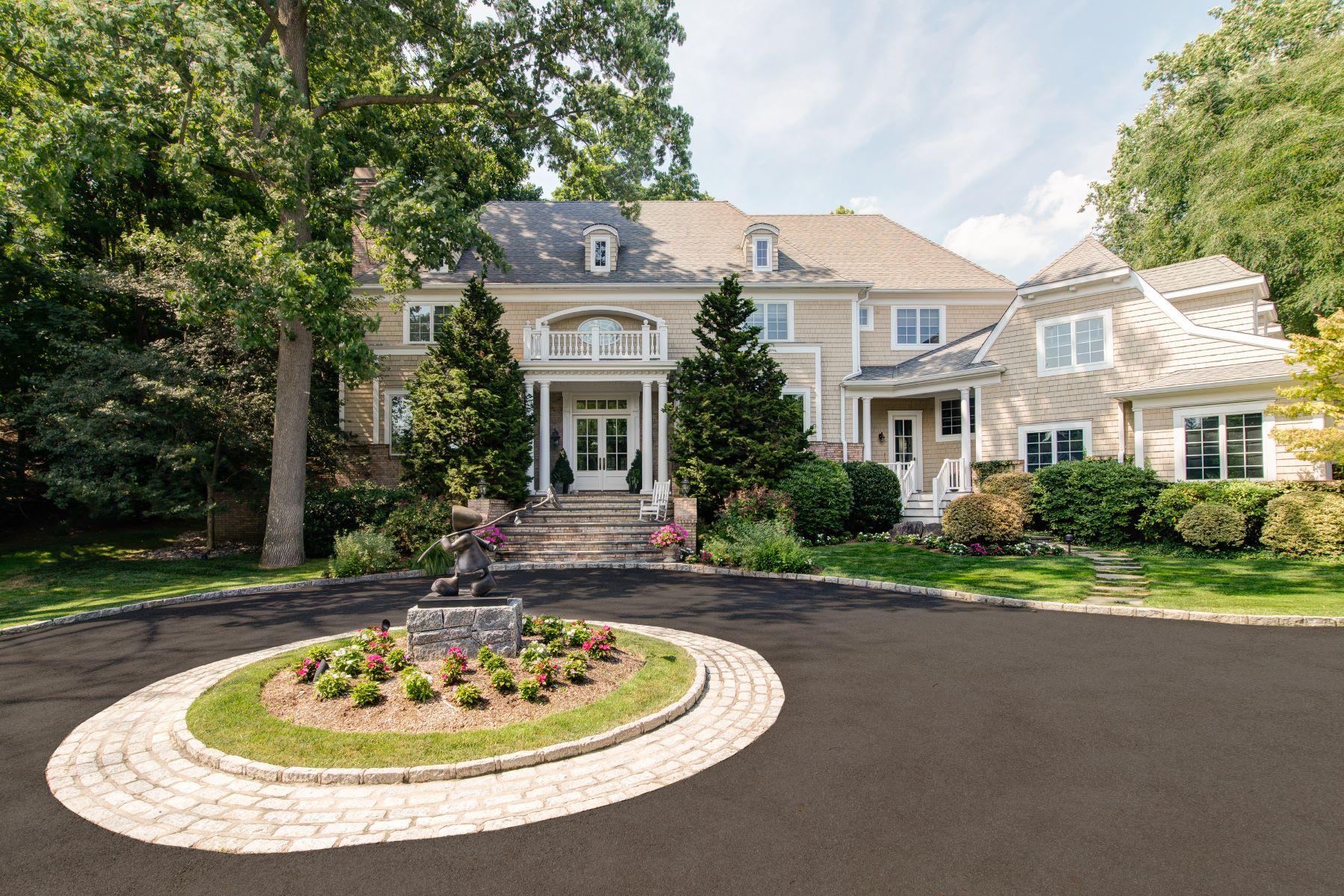 Частный односемейный дом для того Продажа на 8 Puritan Woods Road Rye, Нью-Йорк, 10580 Соединенные Штаты