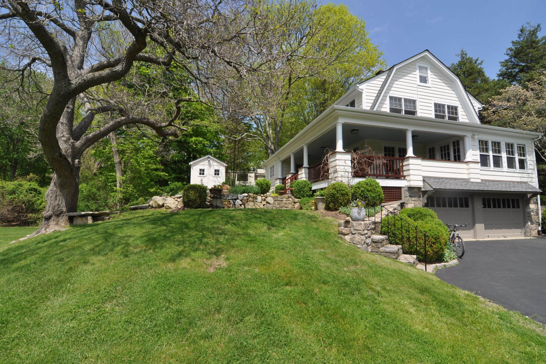 Single Family Homes for Sale at 100 Salem Road Pound Ridge, New York 10576 United States
