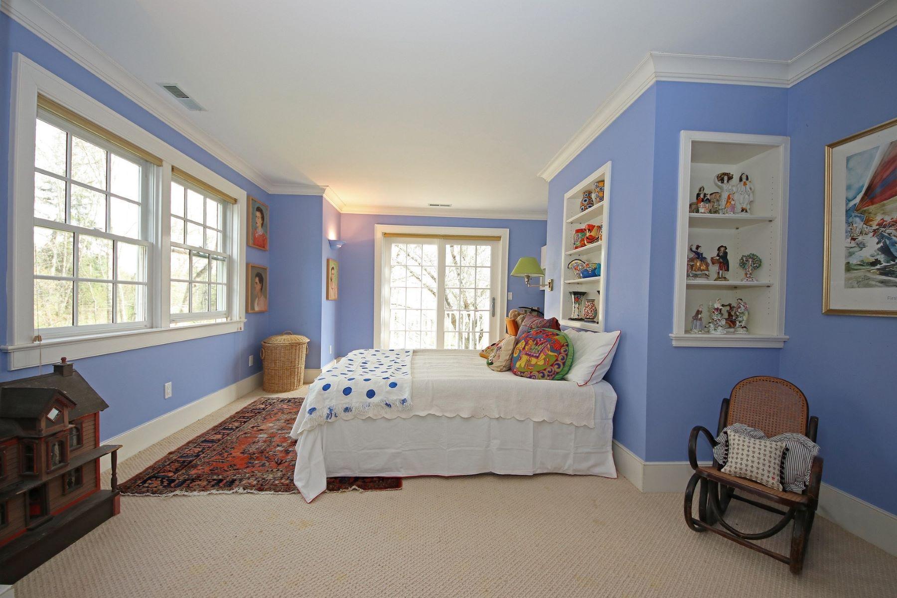 Additional photo for property listing at Enchanting Private Retreat 40 Dorethy Road 雷丁, 康涅狄格州 06896 美国