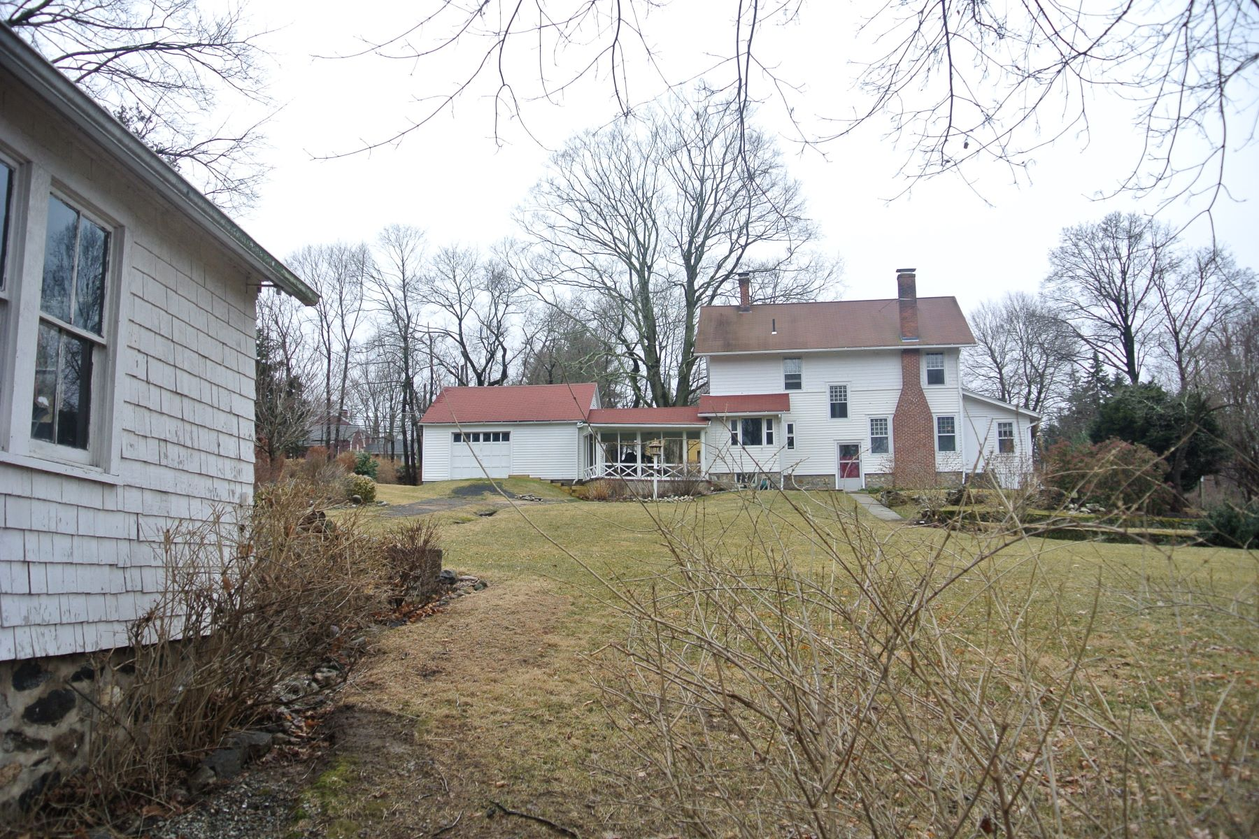 Additional photo for property listing at Sophisticated Charm 82 Hoyts Hill, Bethel, Connecticut 06801 Verenigde Staten