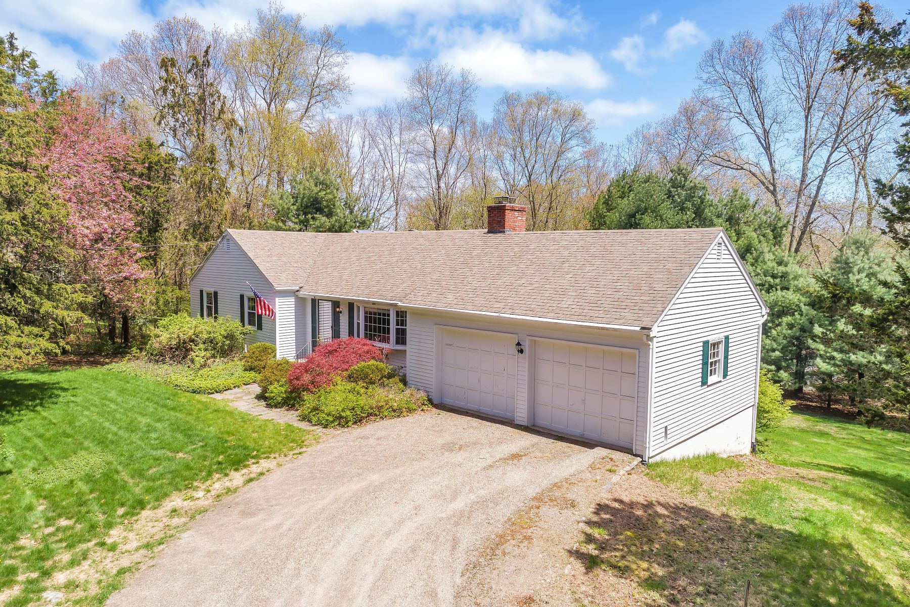 Single Family Homes for Sale at Cute Ranch Waiting for Your Finishing Touches 23 Wildwood Drive Old Lyme, Connecticut 06371 United States