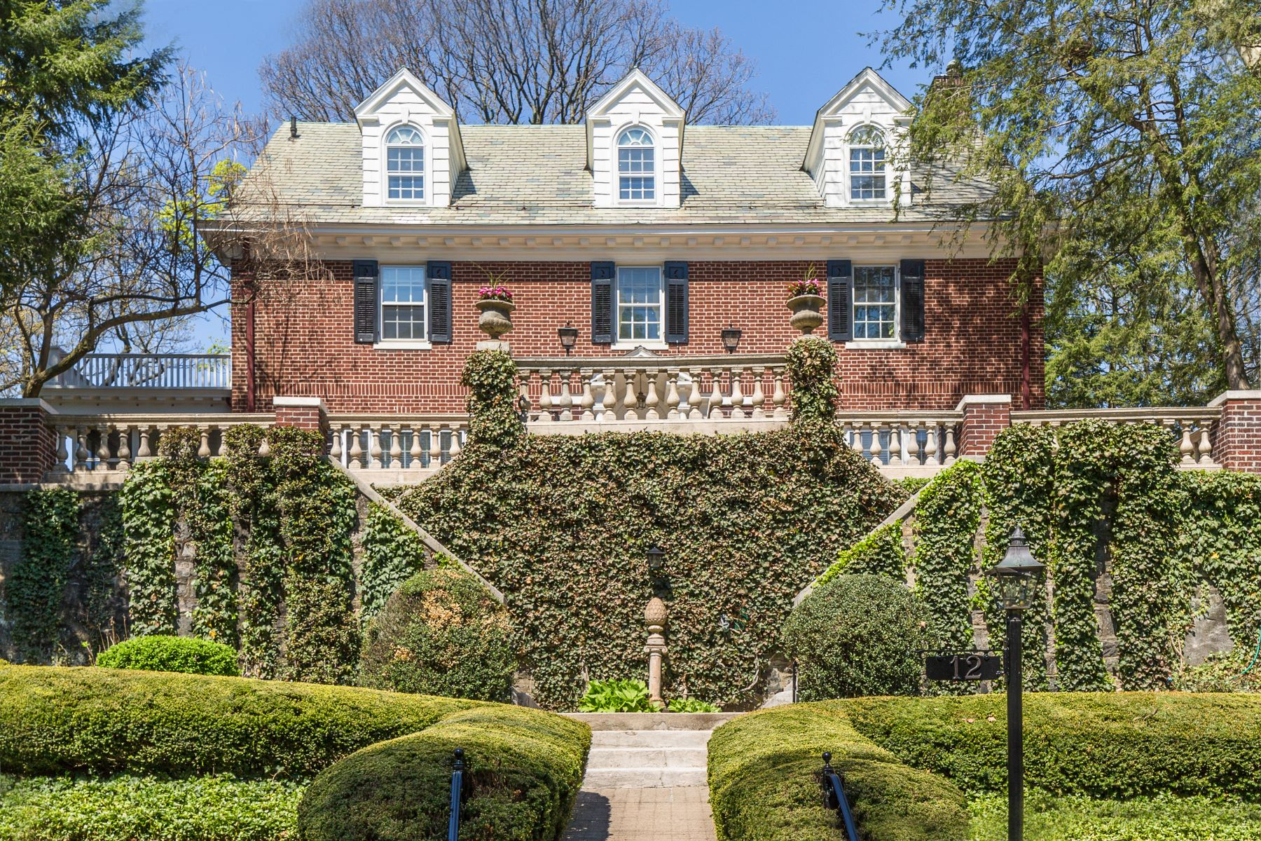 Single Family Homes for Sale at Welcome To 12 Plateau Circle East 12 Plateau Circle Bronxville, New York 10708 United States