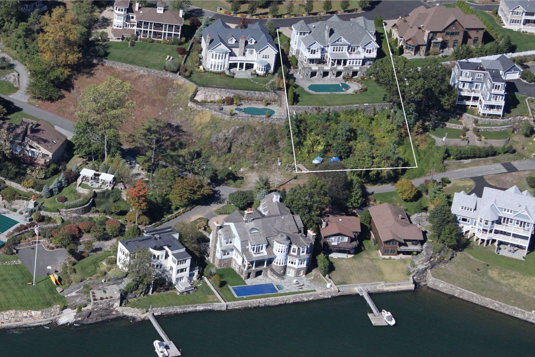 Casa Unifamiliar por un Venta en 8 Hilltop Drive Port Chester, Nueva York 10573 Estados Unidos