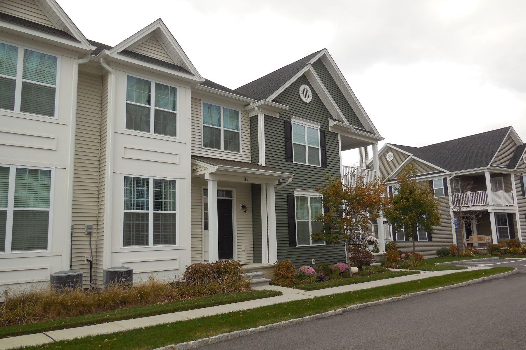 Residência urbana para Venda às Rivington Townhouse 31 Warrington Round 31 Danbury, Connecticut, 06810 Estados Unidos