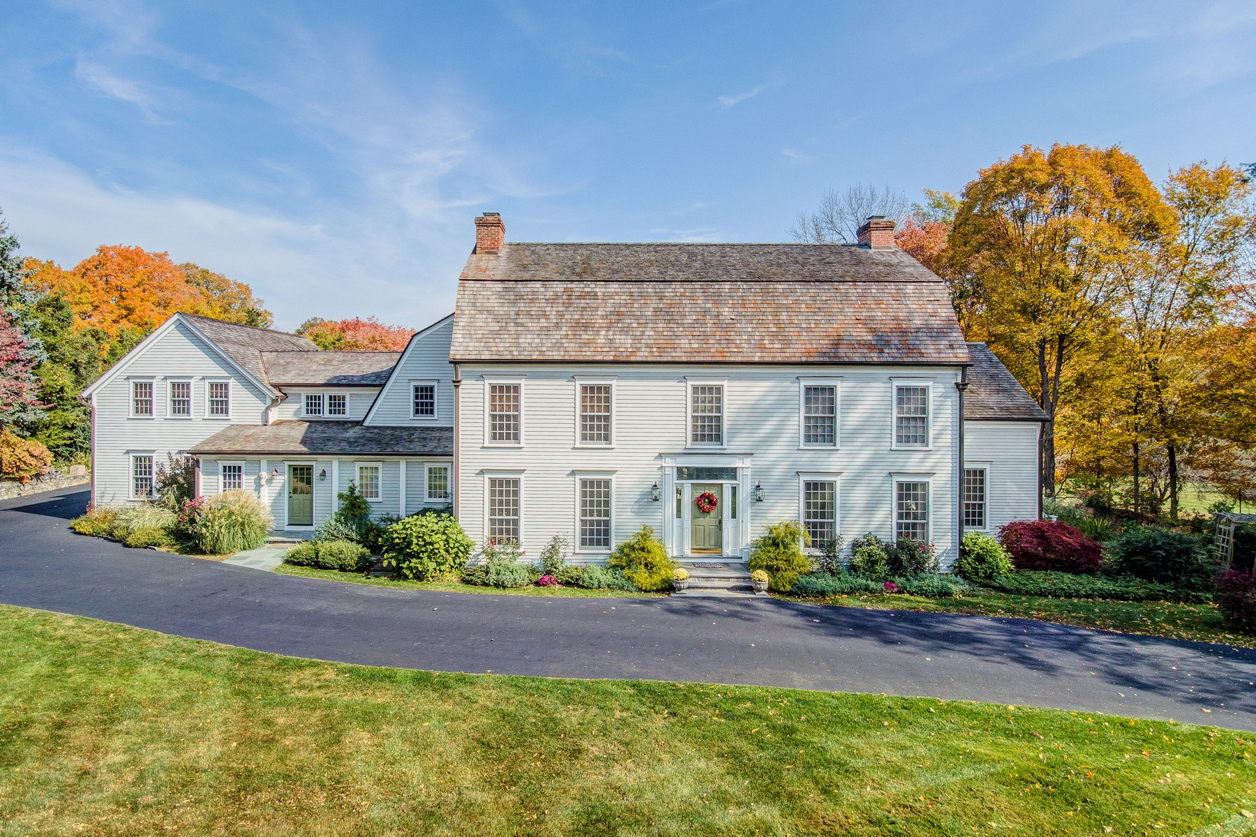 Single Family Home for Sale at Extraordinary Classic Colonial in Greenfield Hill 1220 Hillside Road Fairfield, Connecticut, 06824 United States
