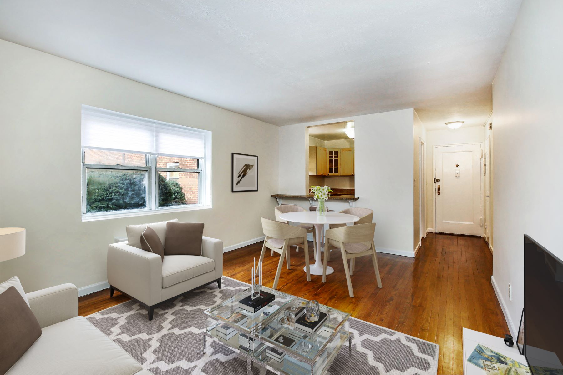 Condominiums for Active at 330 South Broadway C4 Tarrytown, New York 10591 United States