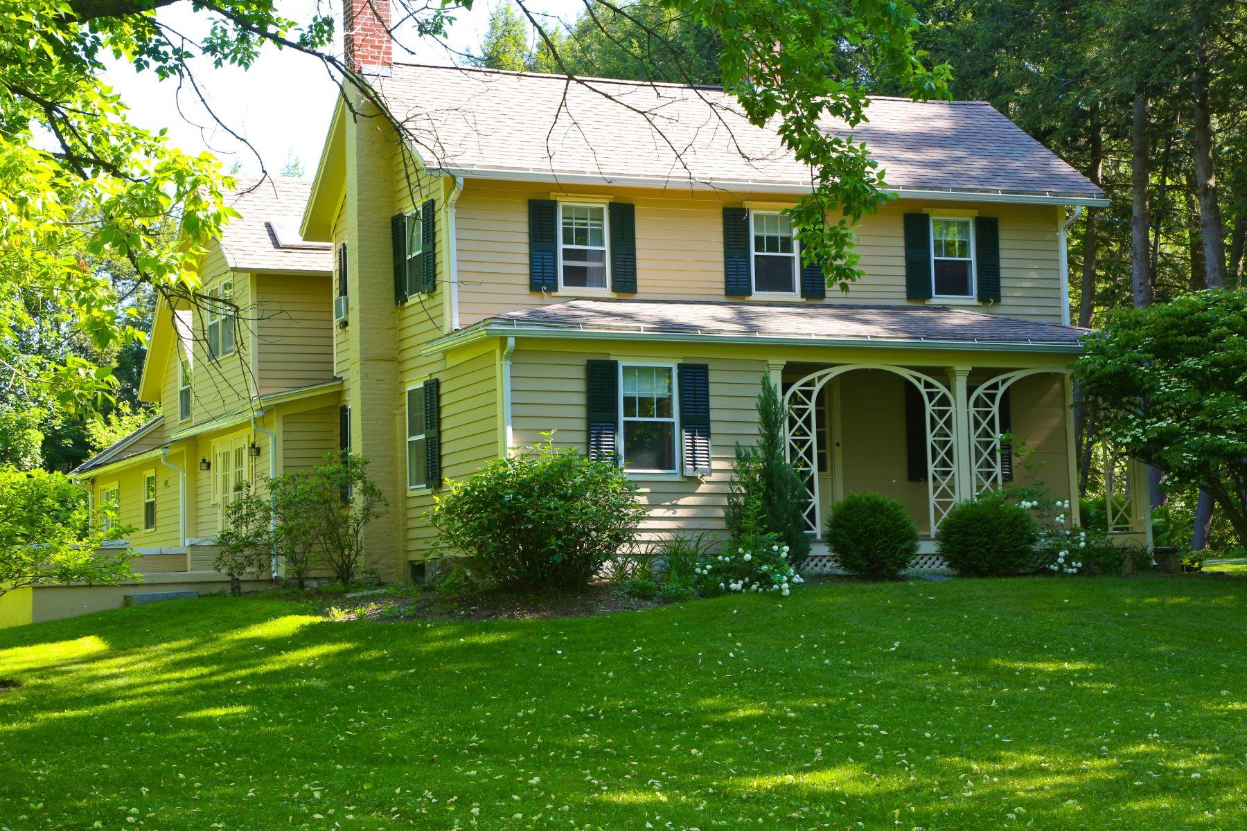Частный односемейный дом для того Продажа на Golfer's Paradise 1 Main St Stockbridge, Массачусетс 01262 Соединенные Штаты