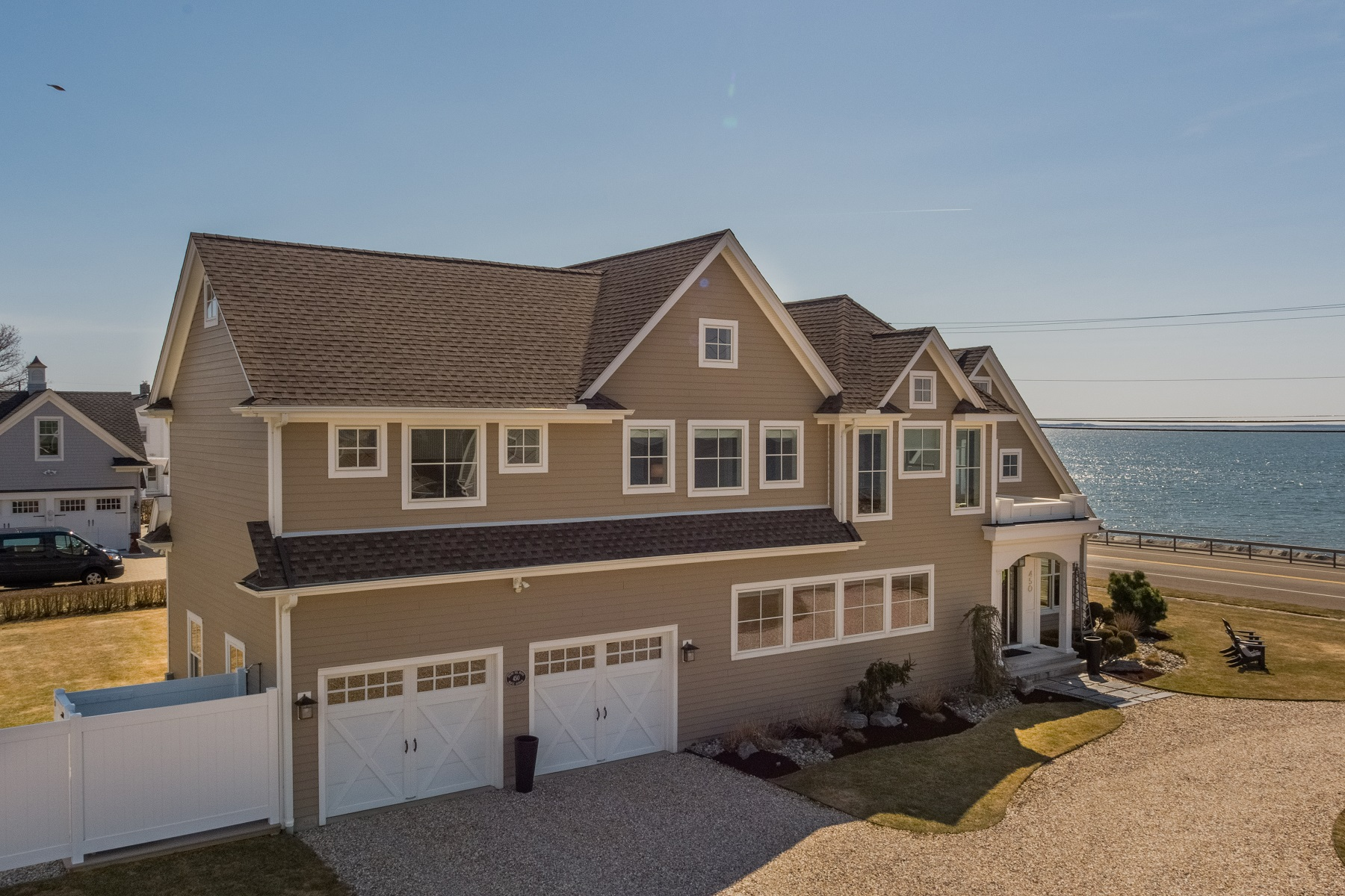 single family homes voor Verkoop op Unobstructed Views of Long Island Sound 450 Maple Avenue, Old Saybrook, Connecticut 06475 Verenigde Staten