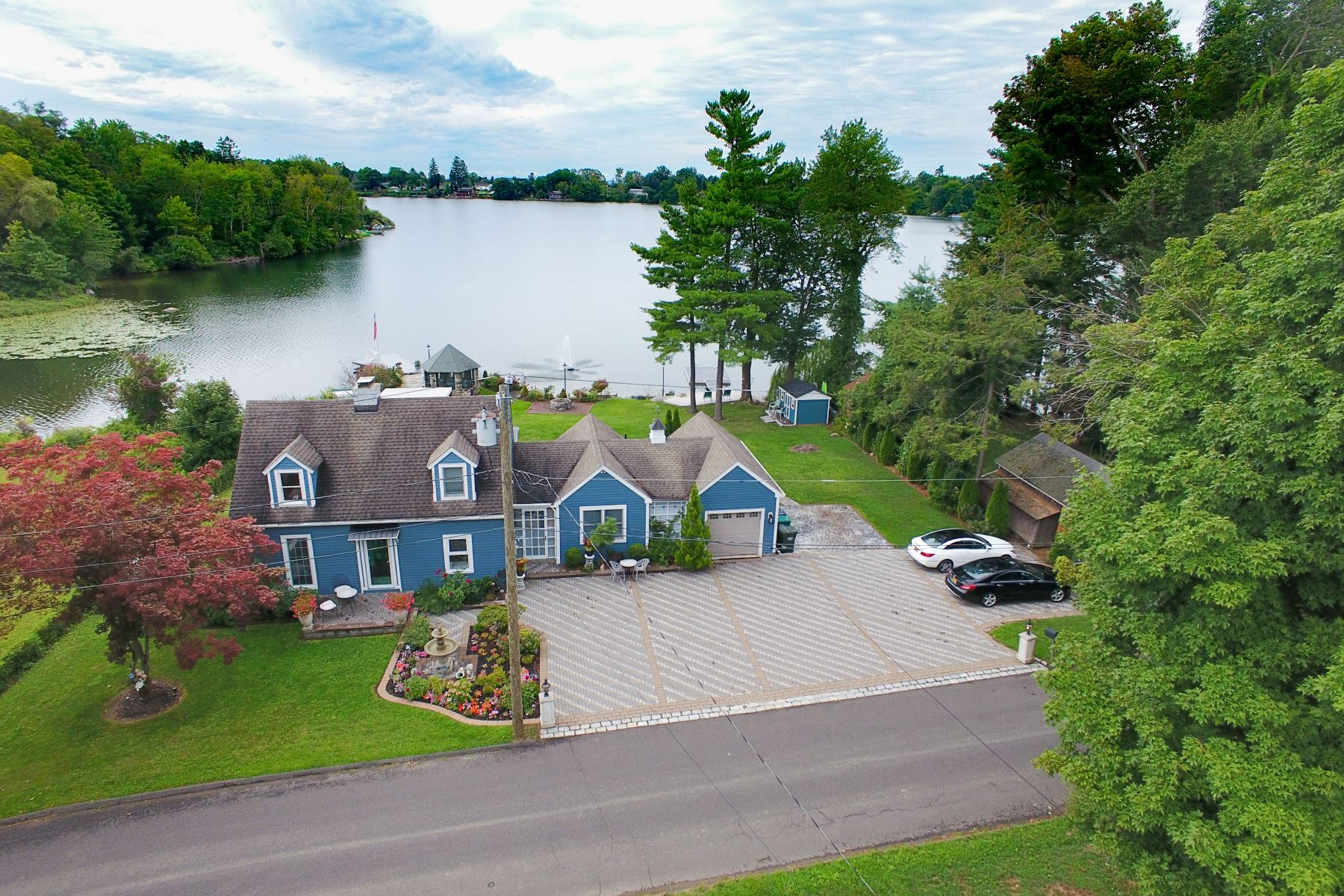 Single Family Homes for Sale at Live Like You're on Vacation 51 Ball Pond Road East New Fairfield, Connecticut 06812 United States
