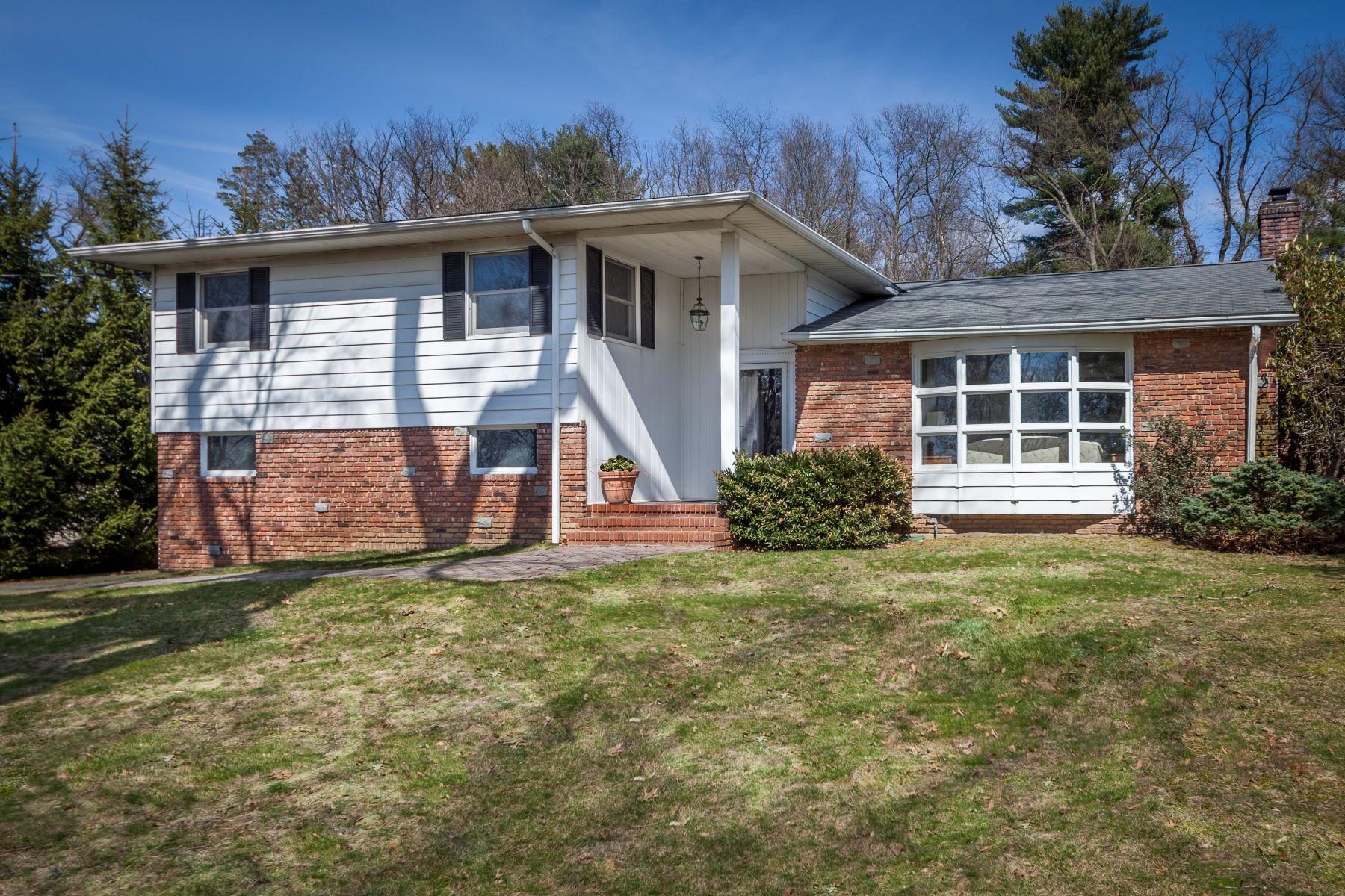 Частный односемейный дом для того Продажа на Wonderful Location! 11 Myrtle Avenue, Dobbs Ferry, Нью-Йорк, 10522 Соединенные Штаты