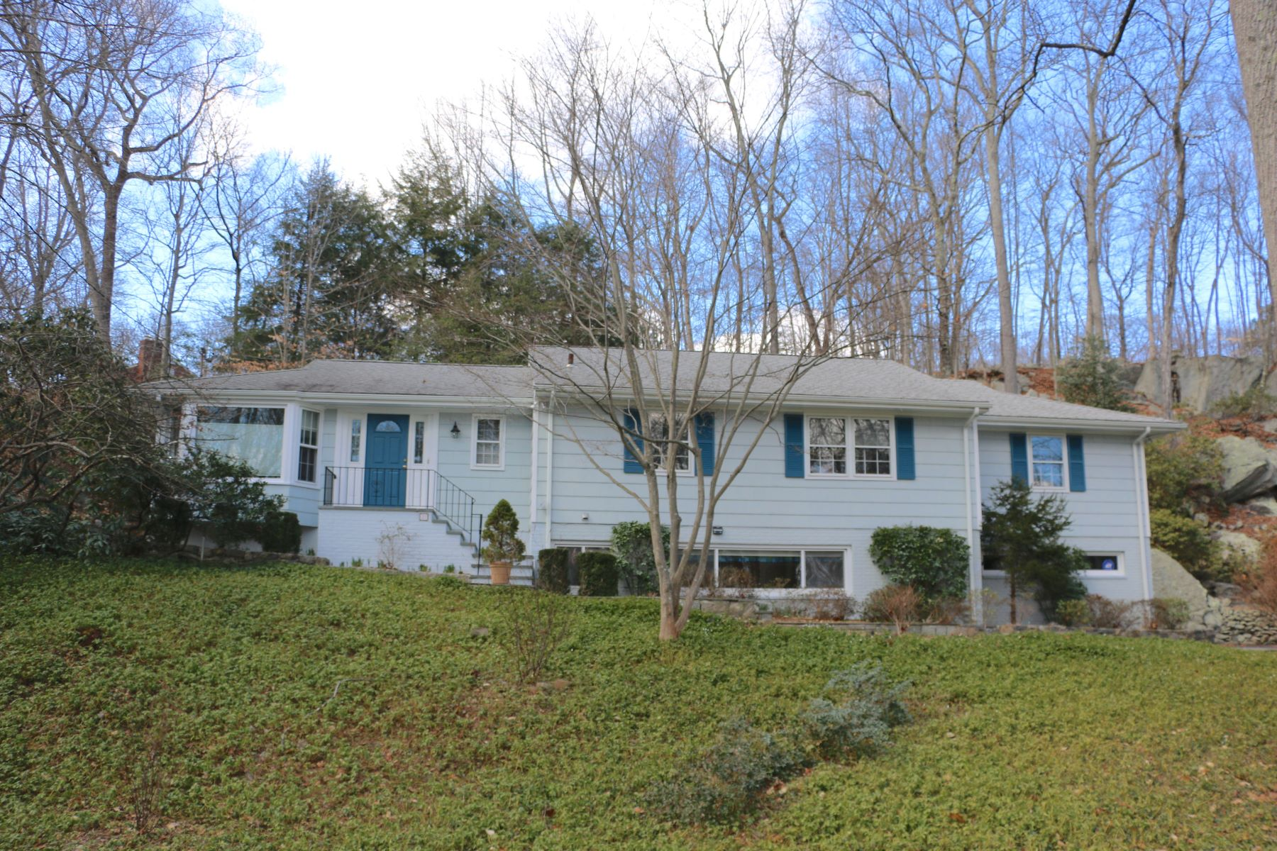 Single Family Home for Sale at Desirable Laurel Ledge Park 37 Tall Oaks Road, Stamford, Connecticut, 06903 United States